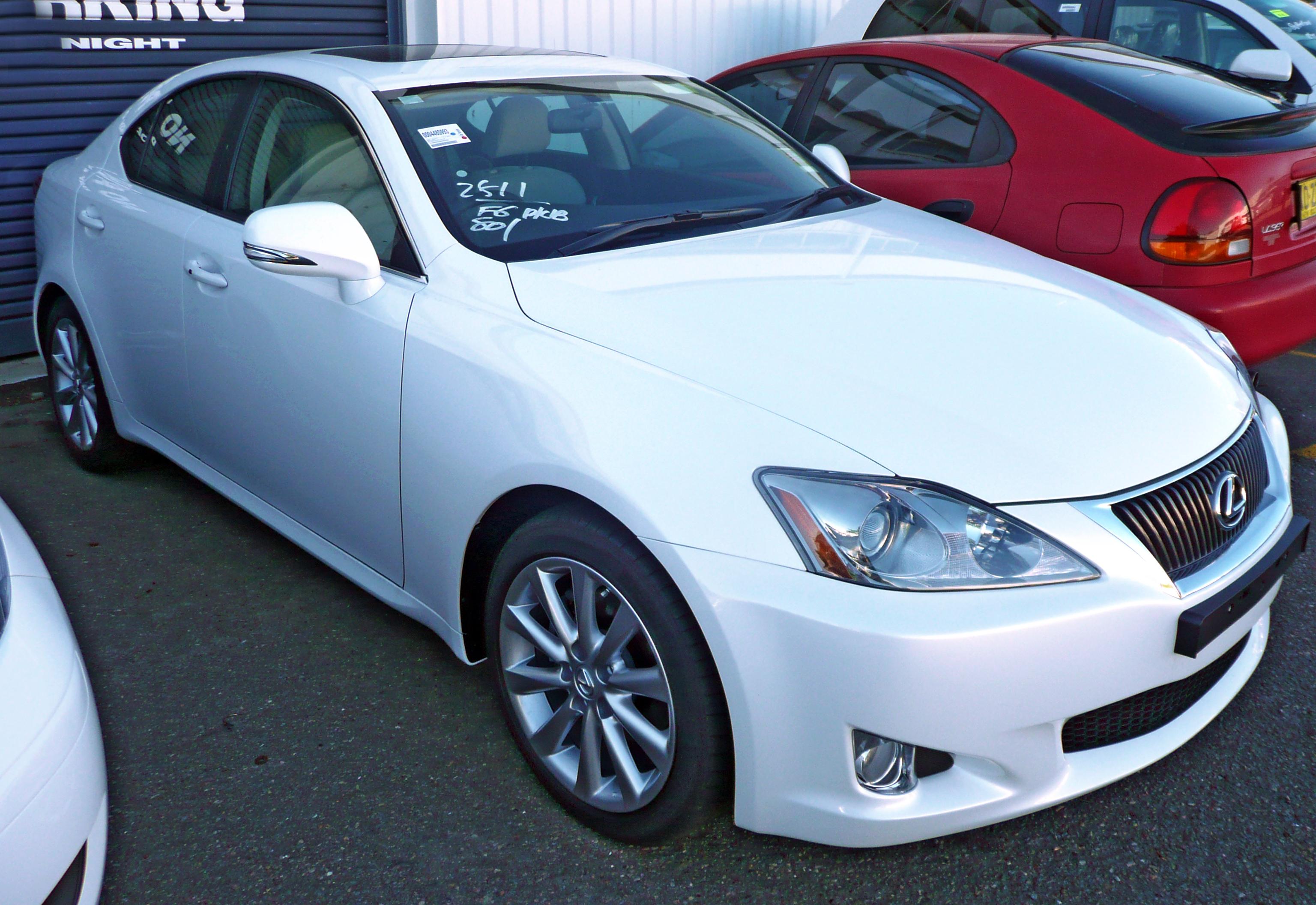 File:2009 Lexus IS 250 (GSE20R MY10) Prestige Sedan 01