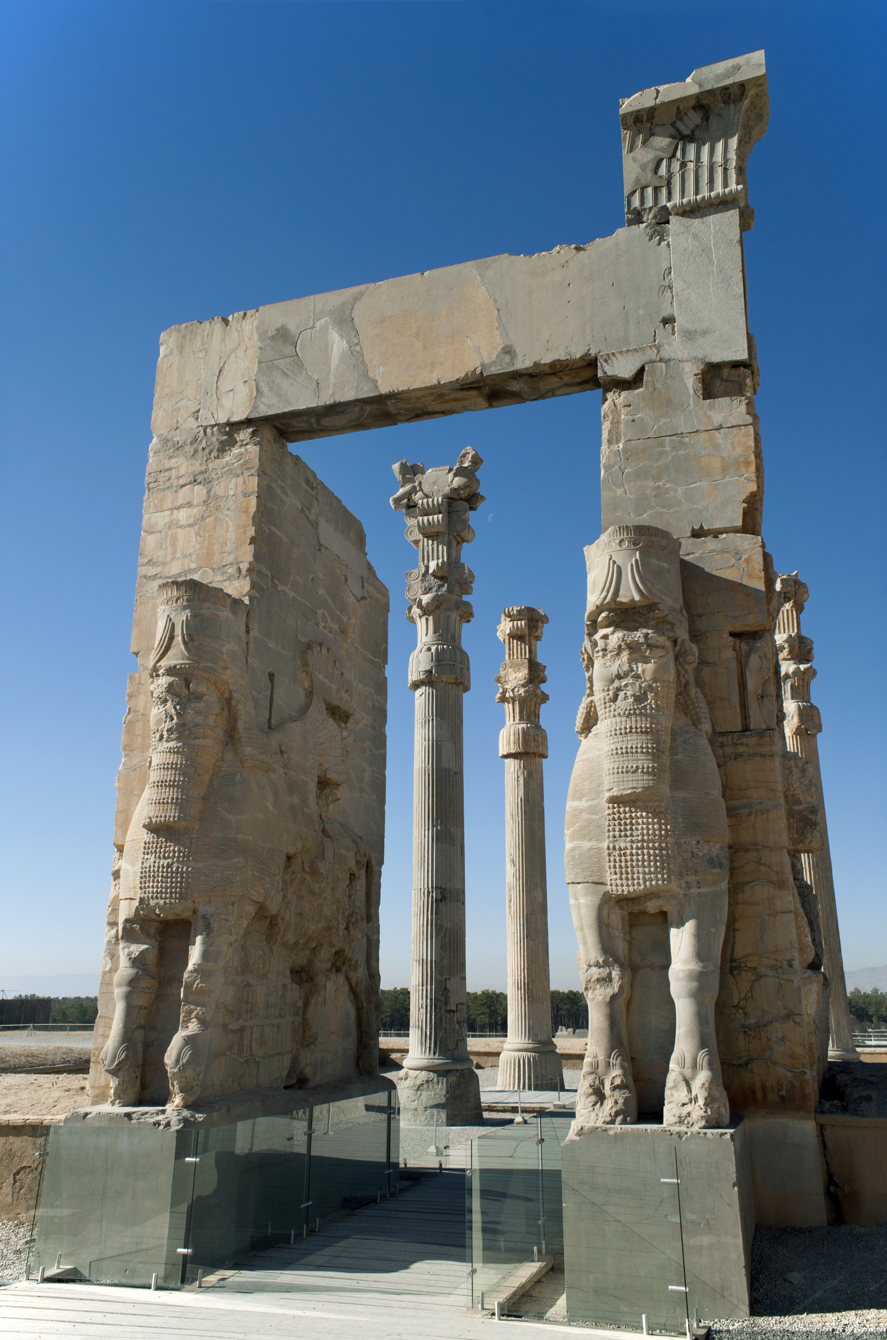 The Gate Of All Nations Ruins Of Xerxes Palace Persepolis 486 465bc 2800x4200 Artefactporn