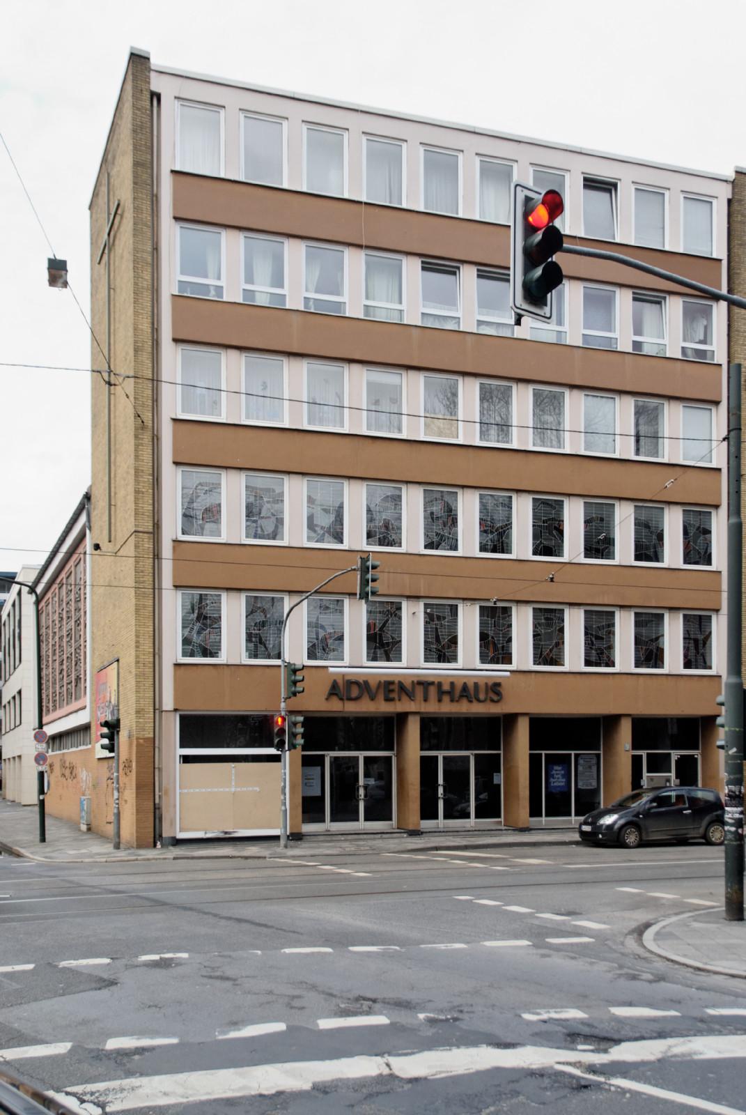file adventhaus in duesseldorf pempelfort von wikimedia commons. Black Bedroom Furniture Sets. Home Design Ideas
