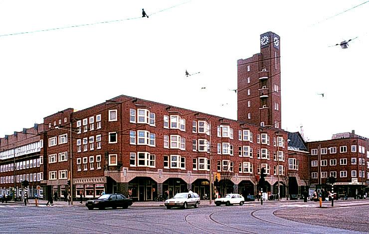 Jaren 30 Keuken Amsterdamse School : E?n van Neerlands bekendste jaren ?30 bouwarchitecten is dan ook