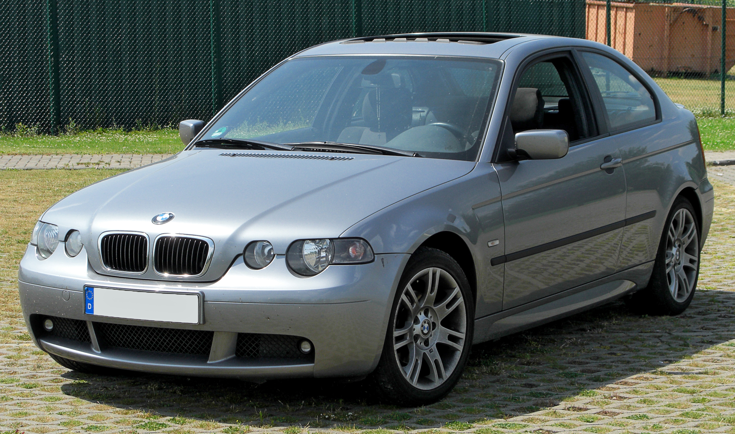 essai bmw 316ti compact e46. Black Bedroom Furniture Sets. Home Design Ideas