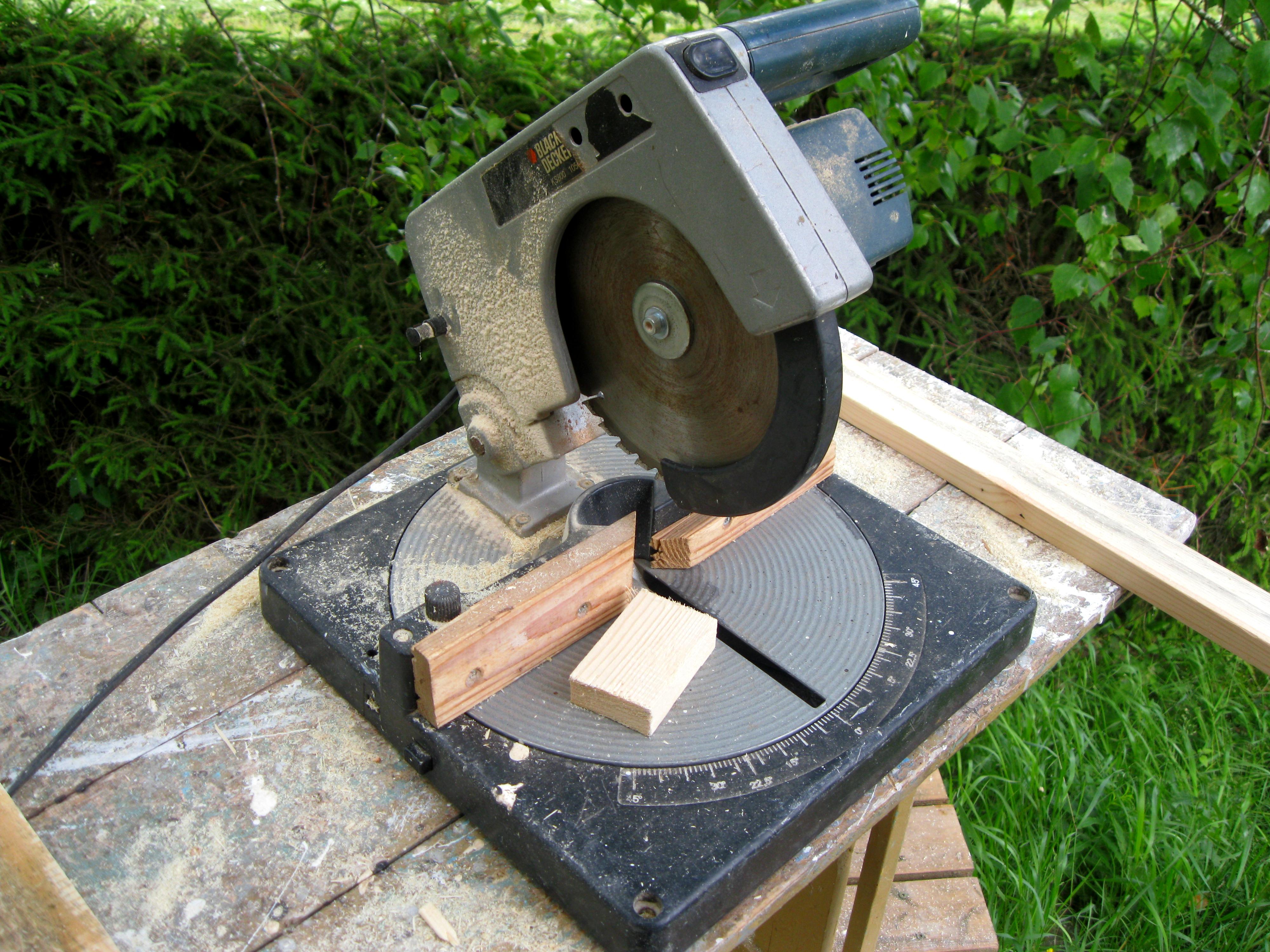 Miter & Chop Power Saws Carbide Blade Power Tool NEW Black Decker Compound Miter  Saw 9 Amp 7-1/4 in Home & Garden