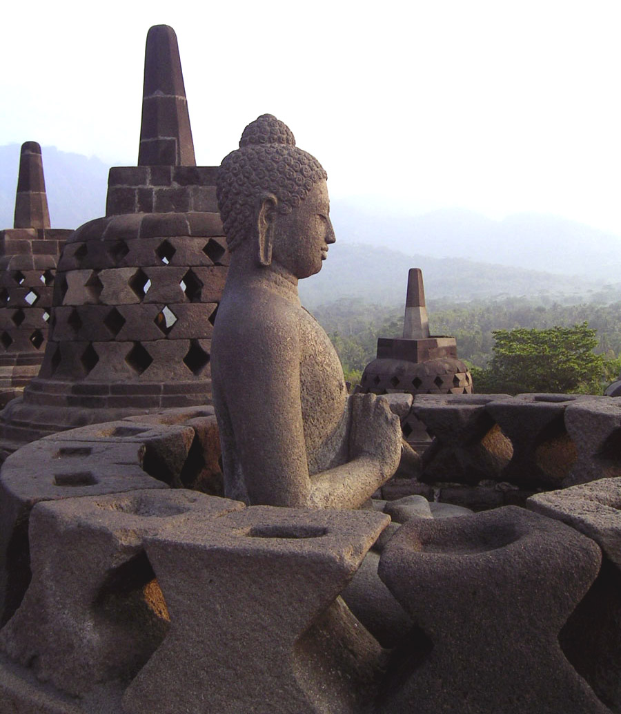 inspiration for travellers borobudur temple. Black Bedroom Furniture Sets. Home Design Ideas