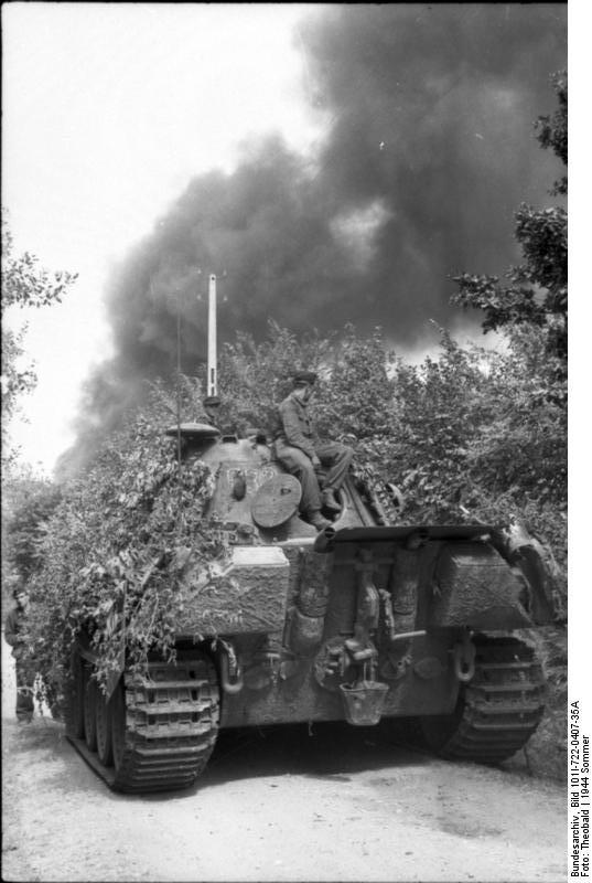 Bundesarchiv Bild I A C Frankreich C Panzer V Panther Mit Panzersoldaten