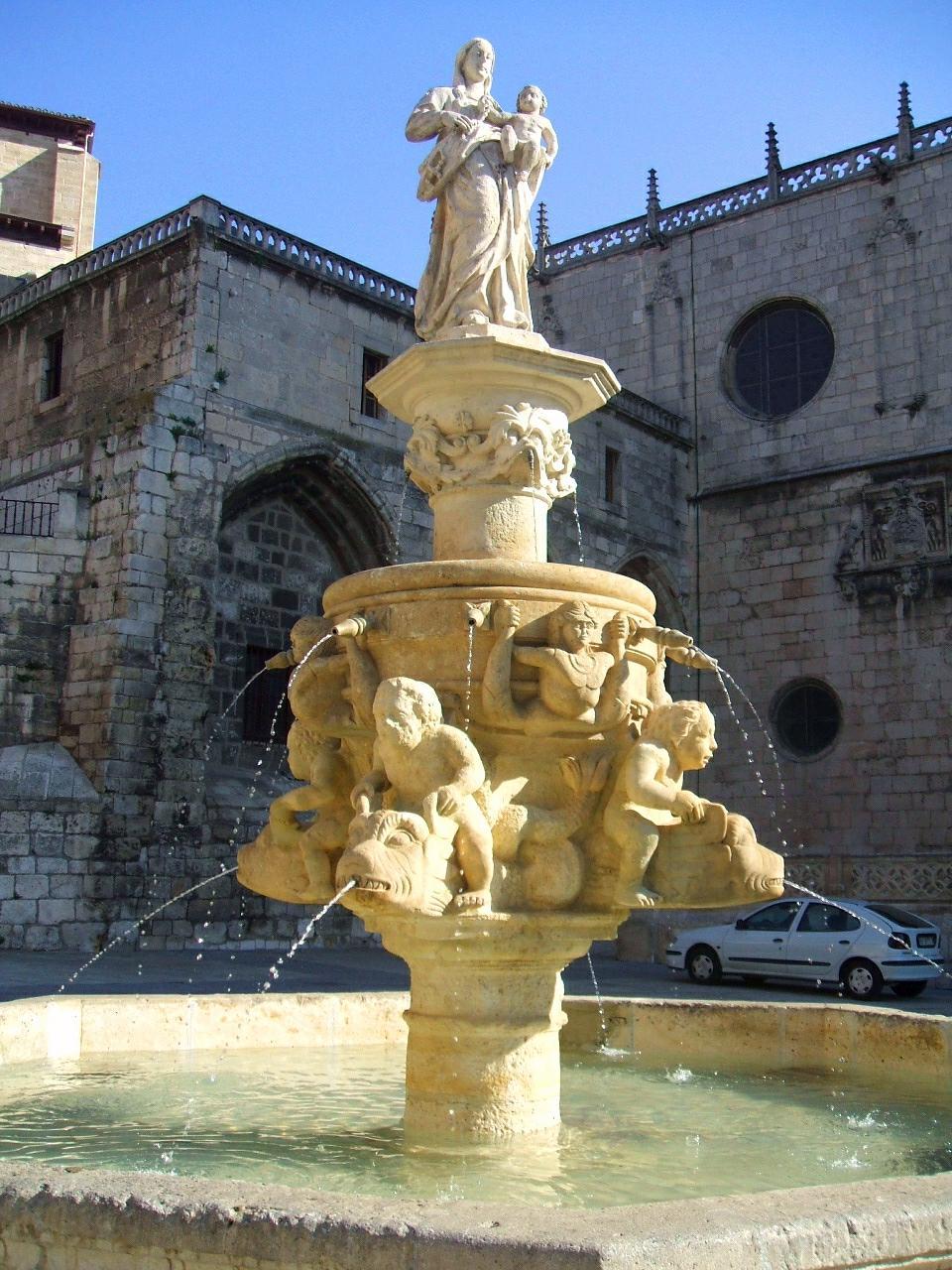 File:Burgos - Catedral 020 - Plaza de Santa Maria.JPG - Wikimedia Commons