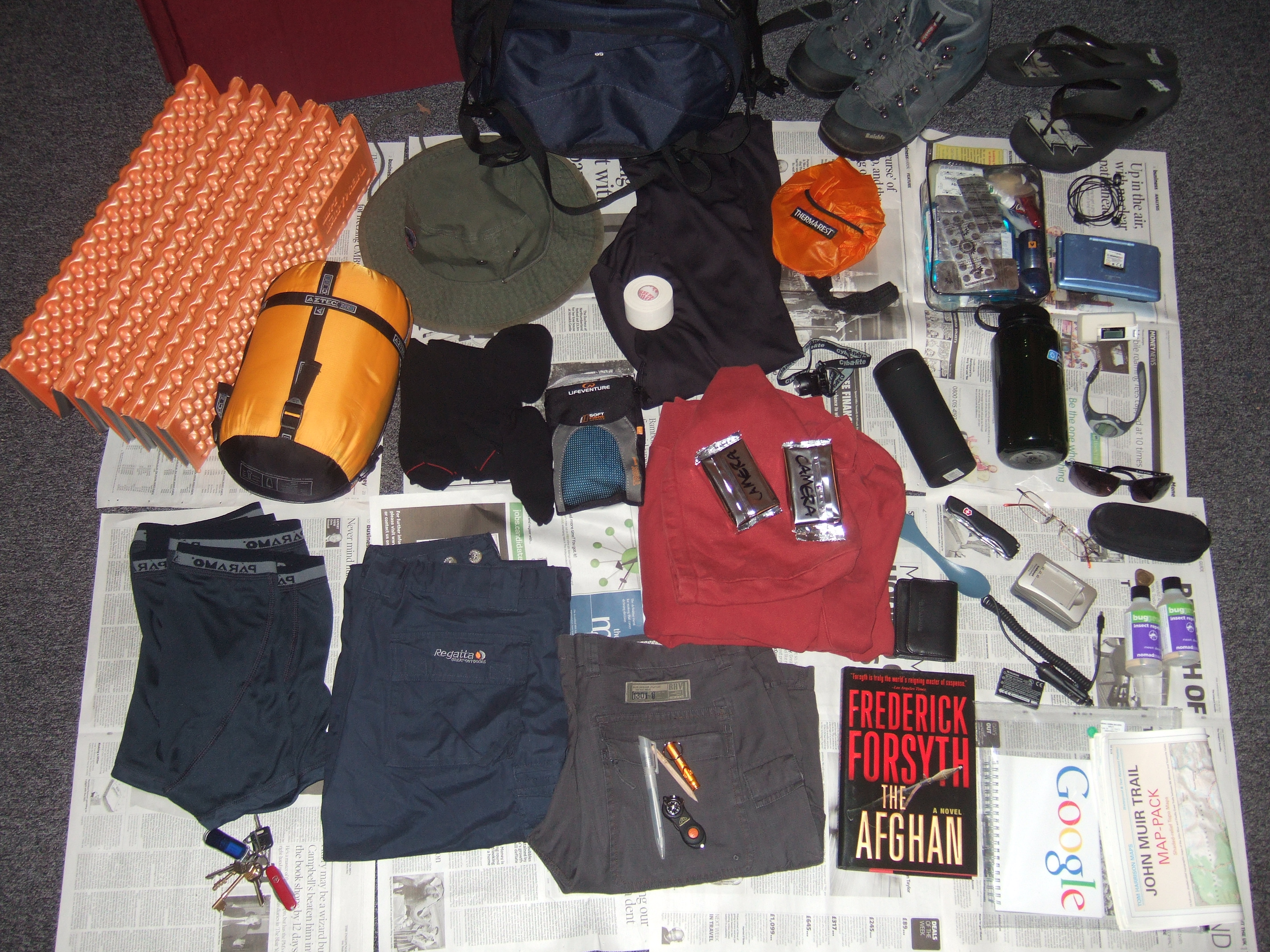 Impressive Hiking and Camping Gear Equipment 2848 x 2136 · 3042 kB · jpeg