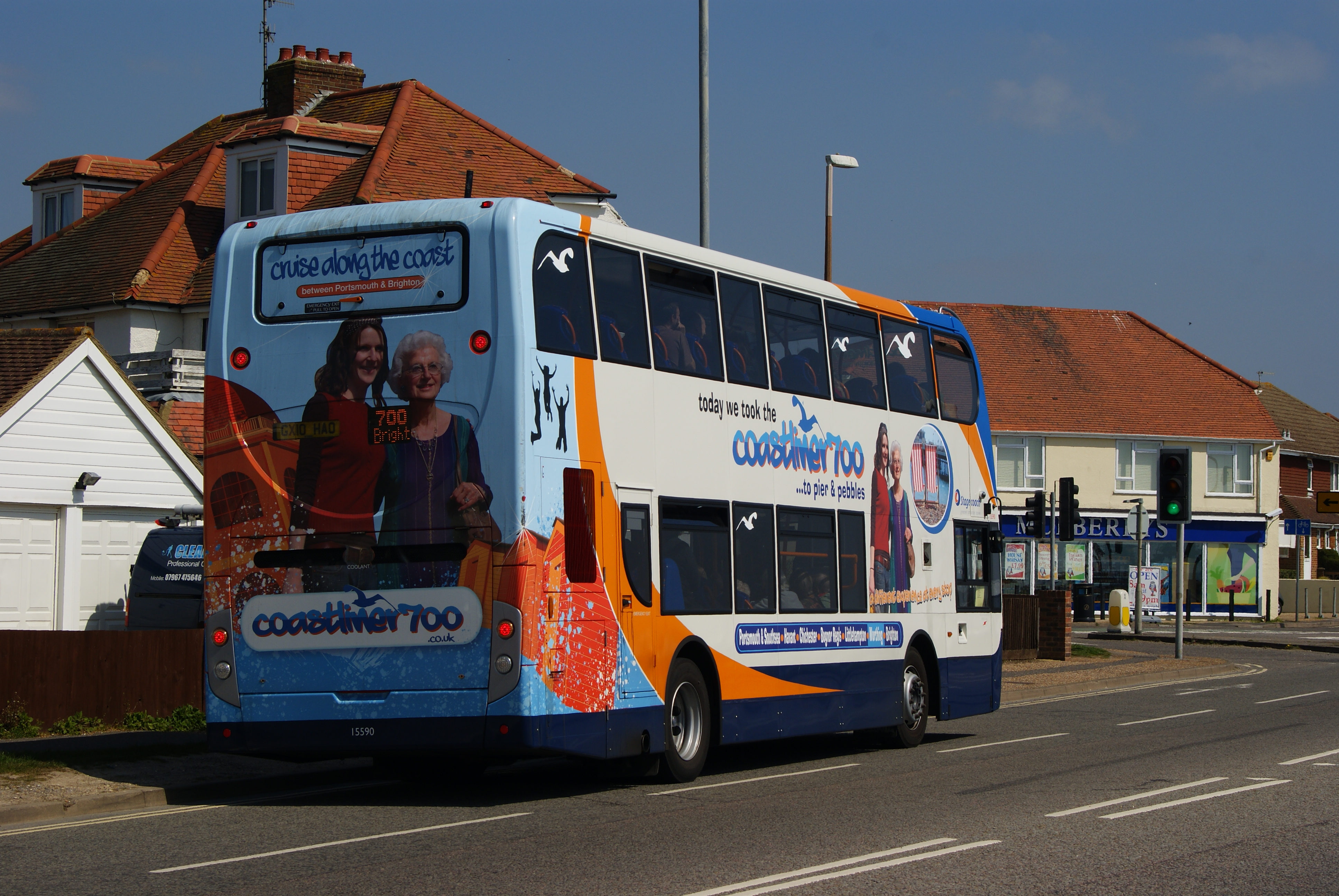 FileCoastliner 700 Southwick Sussex