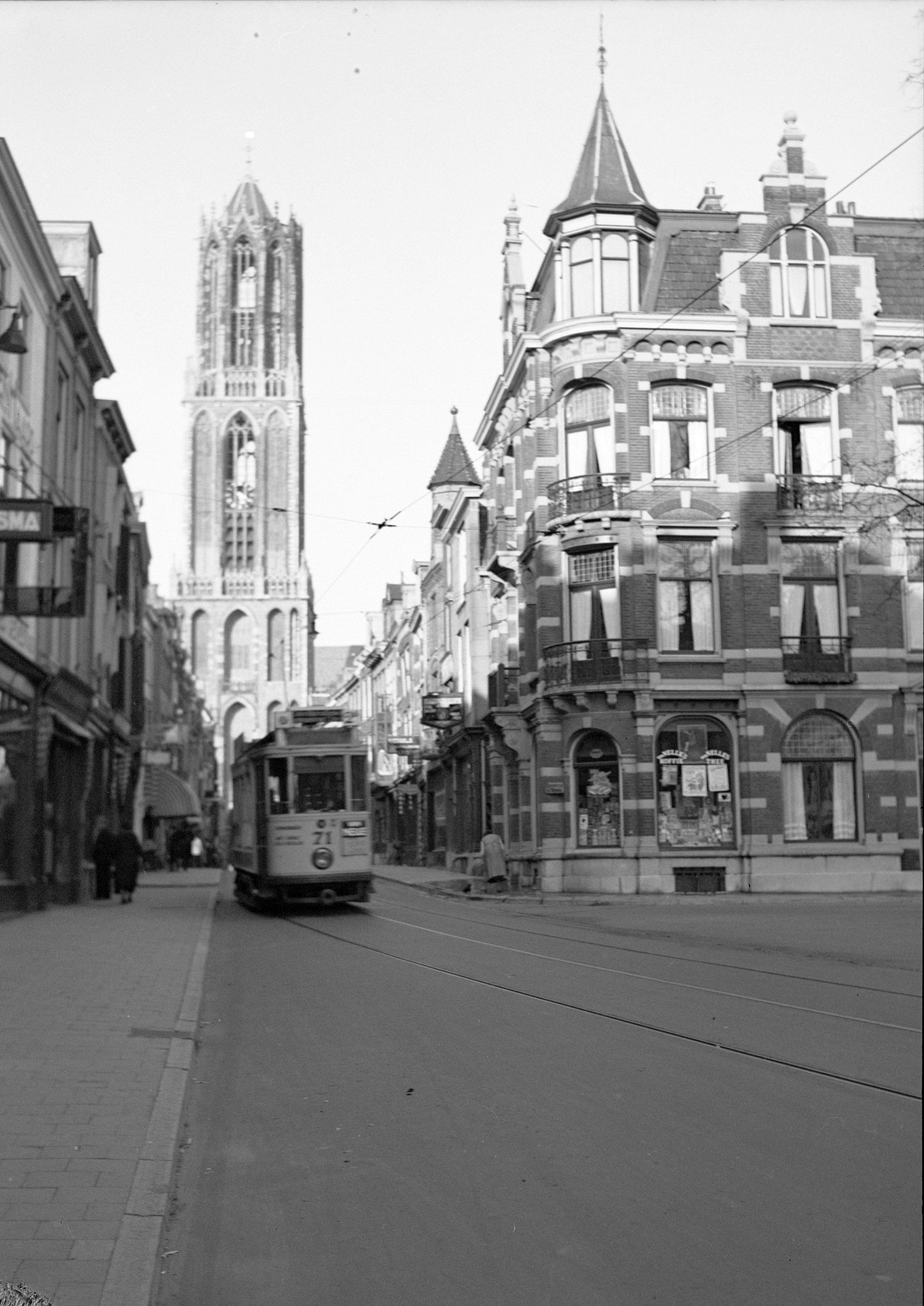 Tassen Utrecht Zadelstraat : Bestand domtoren tram zadelstraat g wikipedia