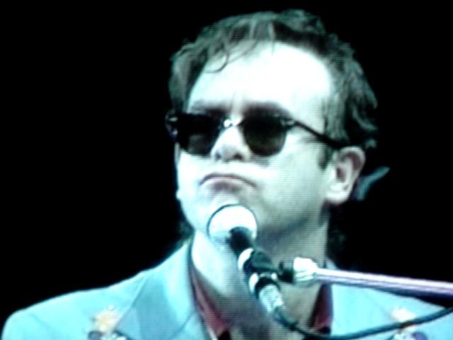 Elton John en 1986