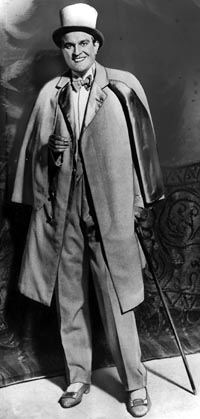 Ernst Rolf i sin paradroll som elegant revycharmör.