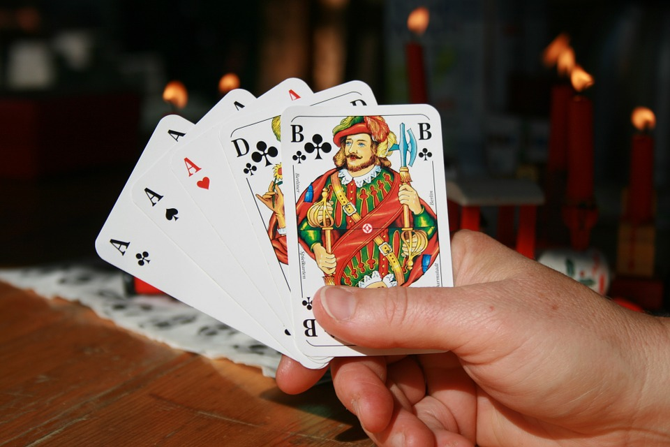 File Full House Poker Hand Jpg Wikimedia Commons