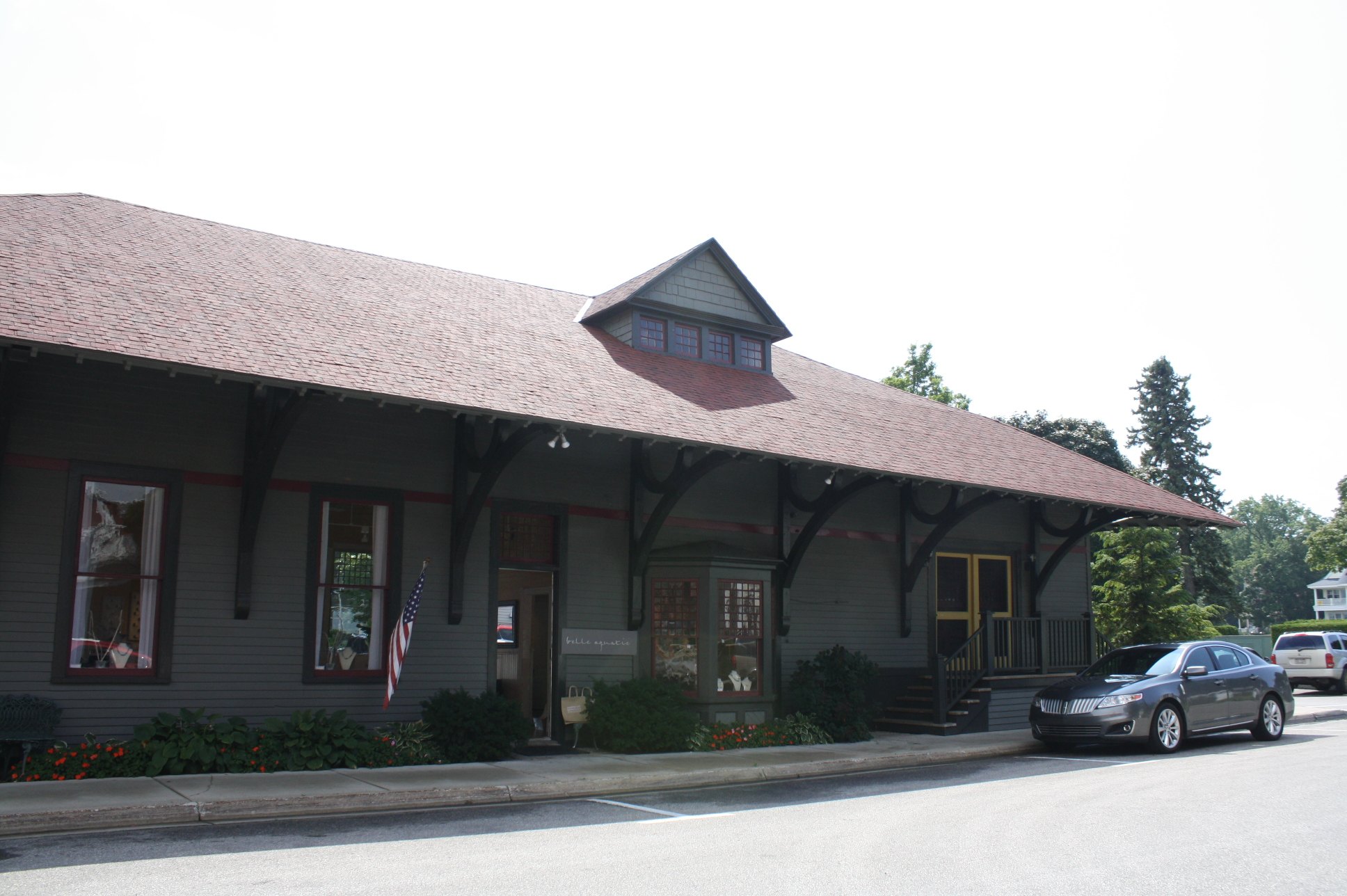 File Grand Rapids And Indiana Railroad Harbor Springs Depot Jpg Wikipedia
