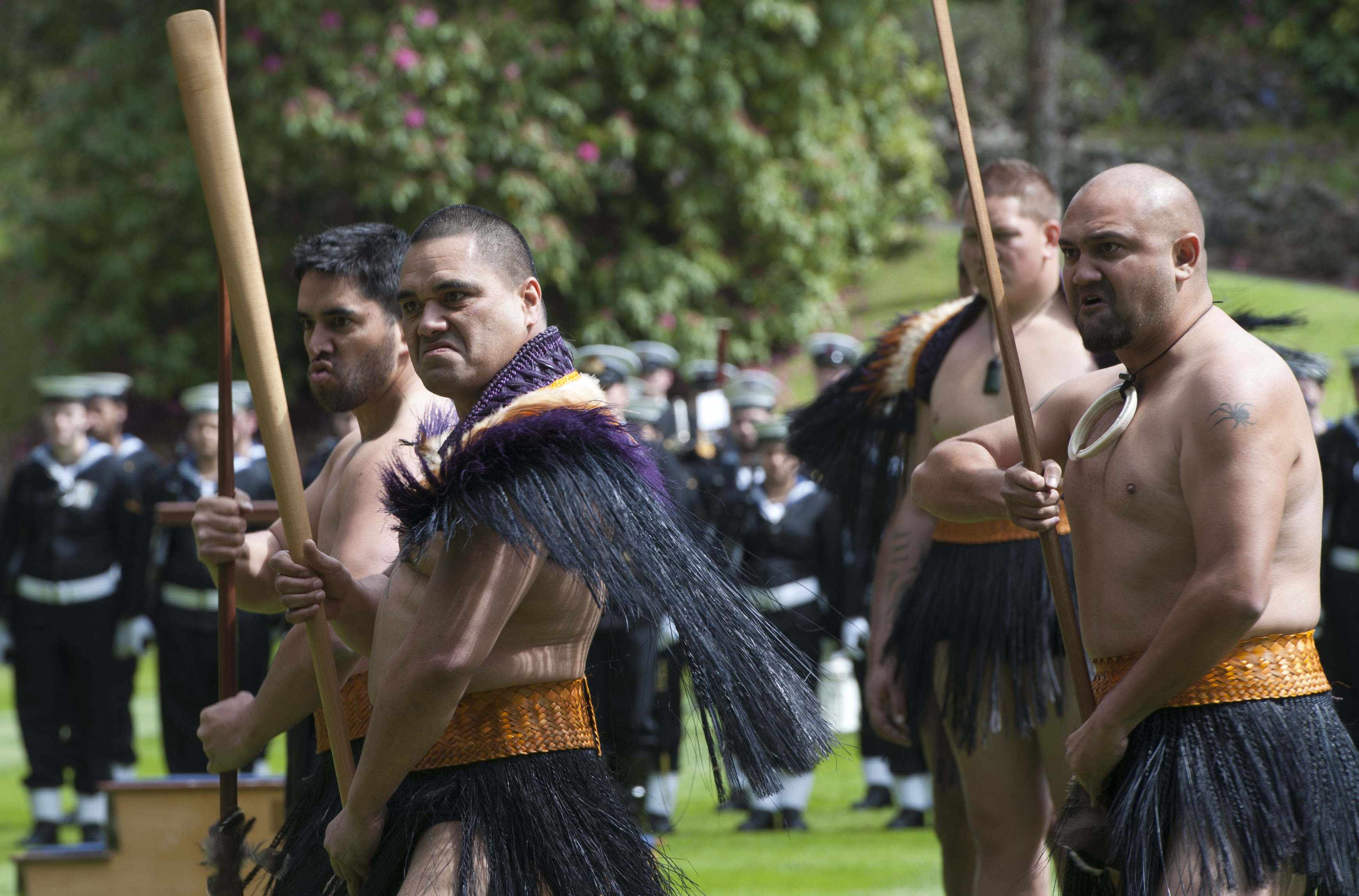 https://commons.wikimedia.org/wiki/File:Haka_performed_during_US_Defense_Secretary%27s_visit_to_New_Zealand_(3).jpg