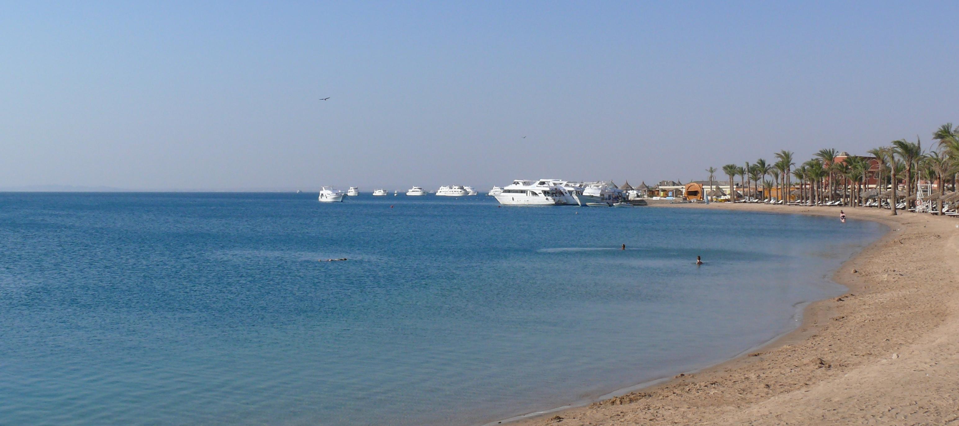 File:Hurghada beach 01.JPG Beach