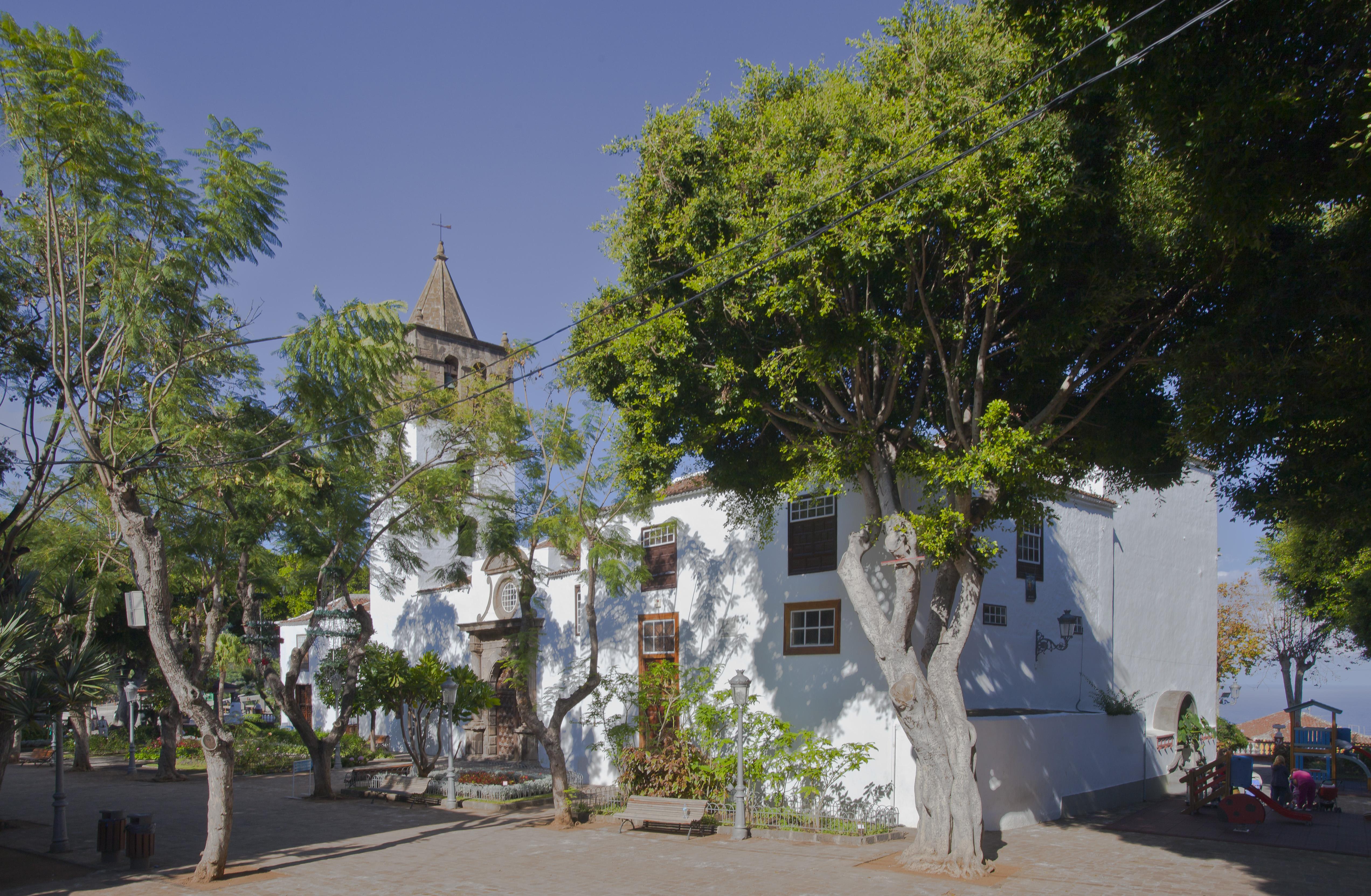 File:Iglesia de San Marcos, Icod de los Vinos, Tenerife ...