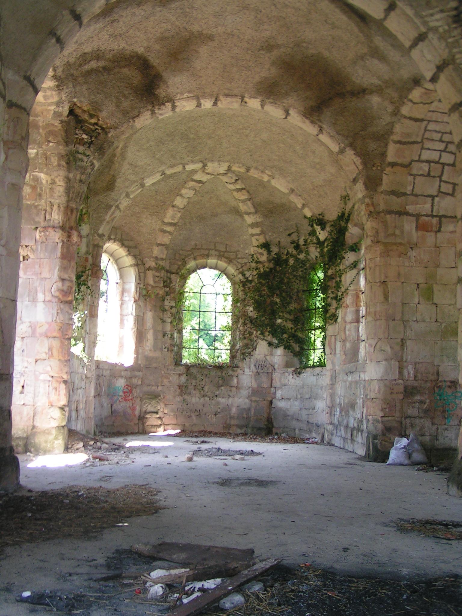 File interieur eglise abbaye etanche meuse jpg wikimedia for Interieur eglise