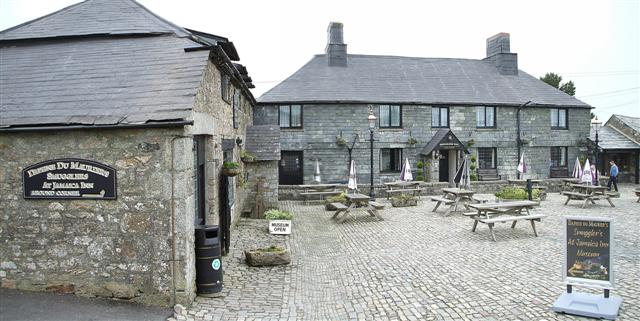 File:Jamaica Inn - geograph.org.uk - 462626.jpg