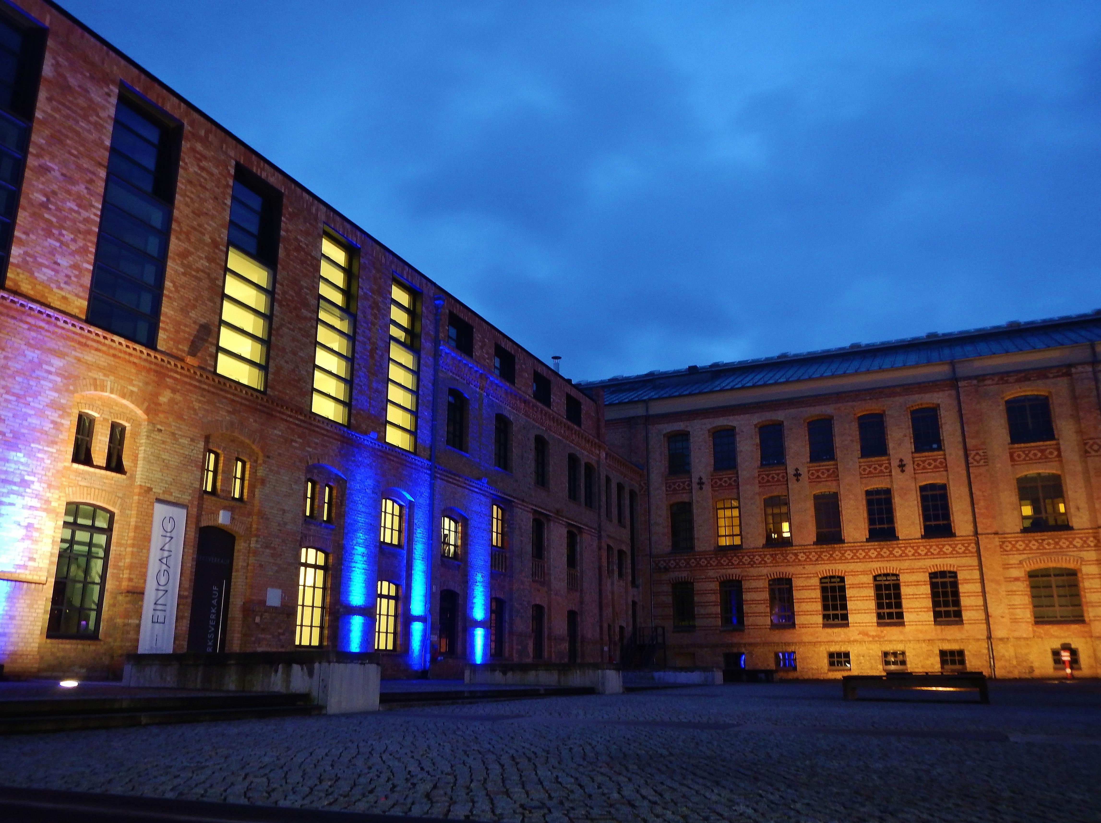 Kpm Königliche Porzellan Manufaktur Berlin Gmbh Berlin file:kpm königliche porzellan-manufaktur berlin gmbh - panoramio