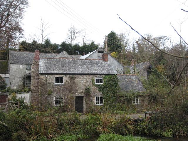Kennall Vale Mill - geograph.org.uk - 1050078