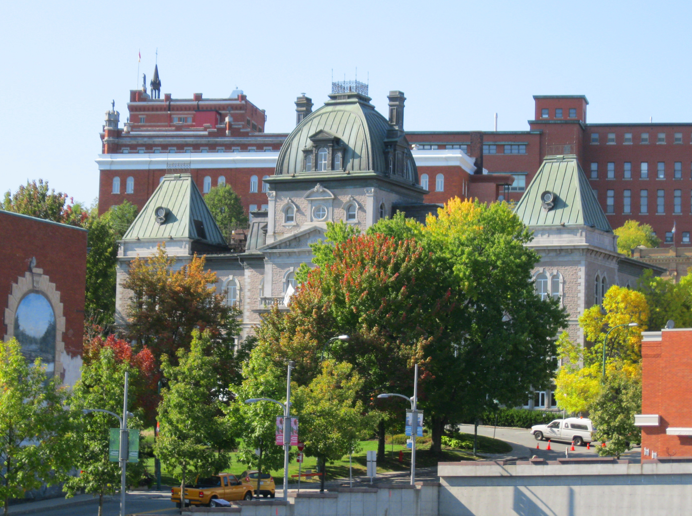 Vile De Sherbrooke Property Tax