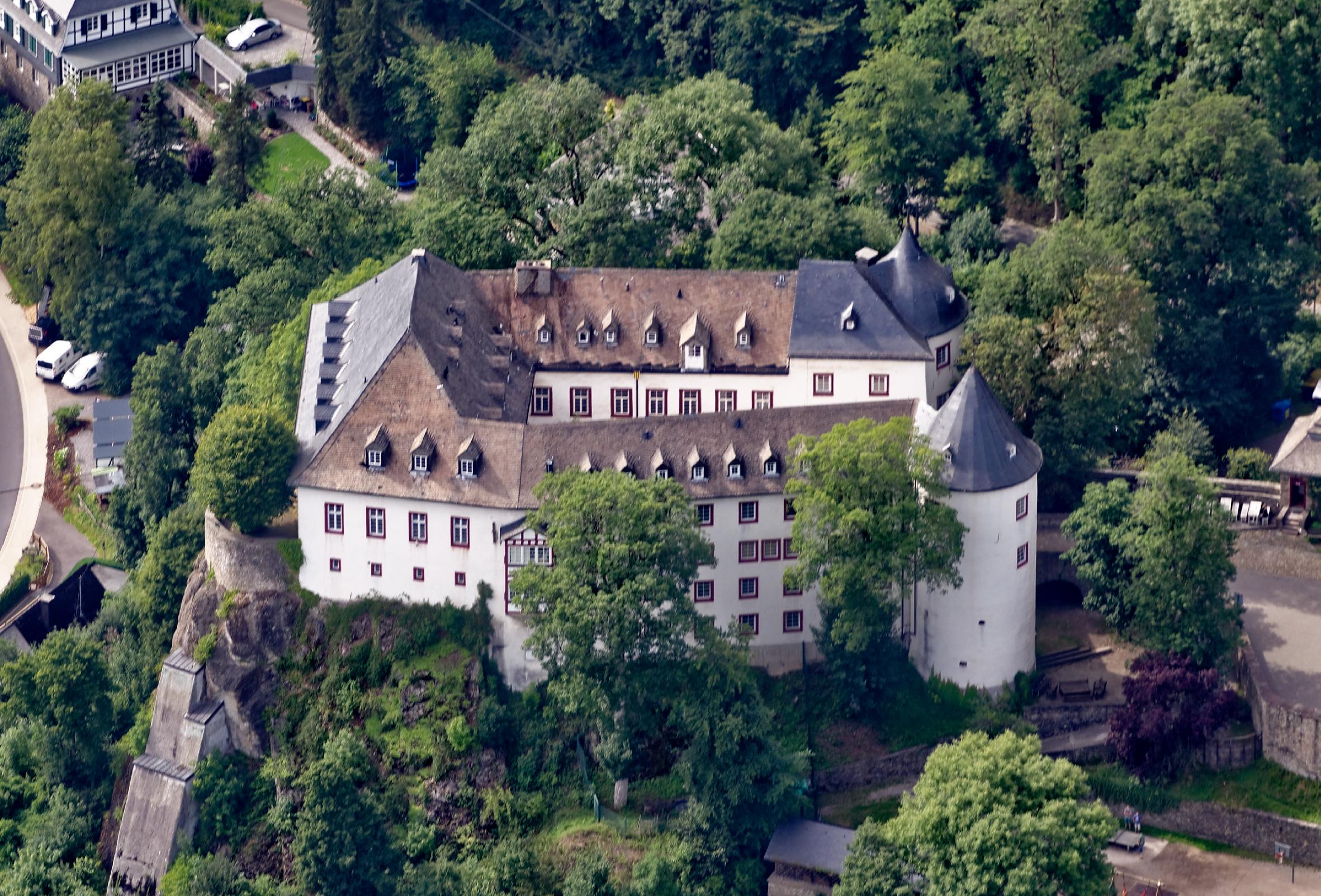 File:Lennestadt Burg Bilstein FFSW-0826.jpg - Wikimedia ...