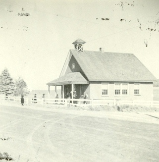 File:Little Red School House Lancaster, Pennsylvania (8051262548).jpg