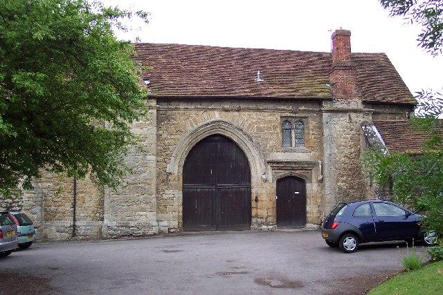 Malling Abbey gatehouse