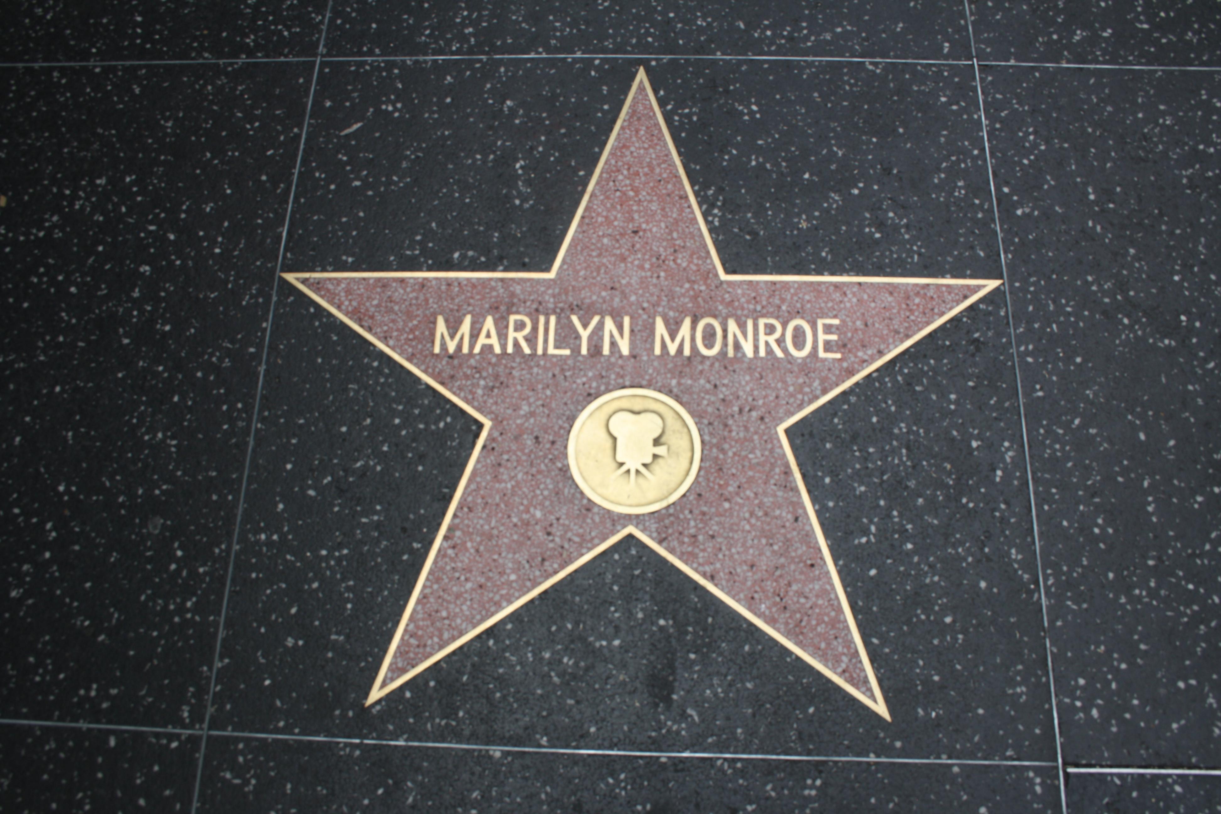 Marilyn Star 44