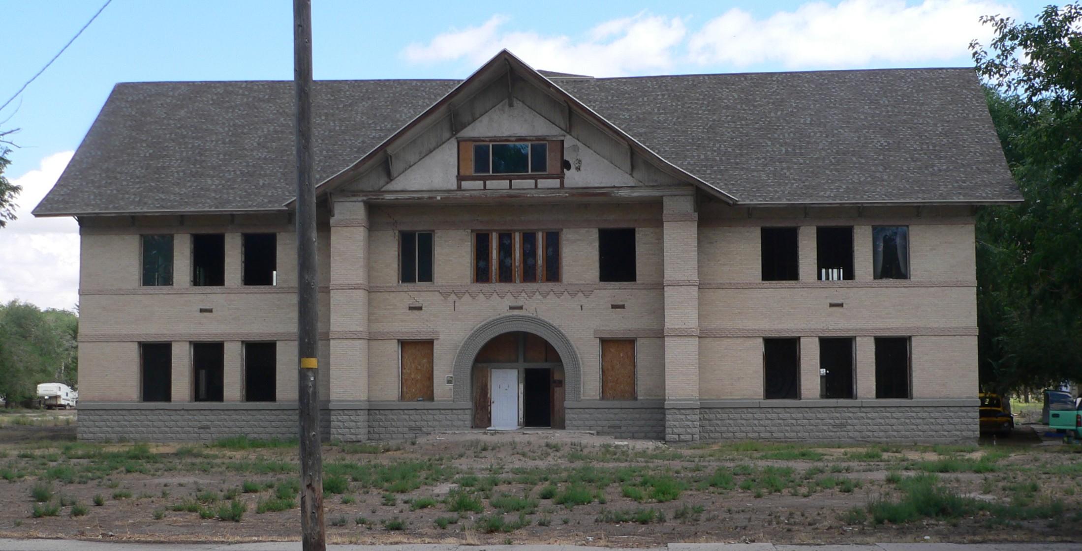 File:Millard Academy (Hinckley, UT) from W 1.JPG - Wikimedia Commons