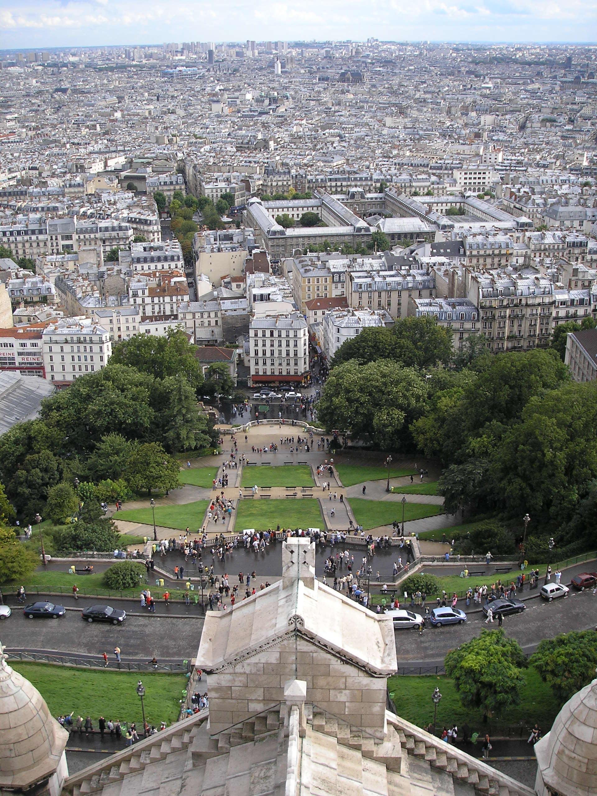 external image Montmartre_Paris_Aug_2006_010.jpg