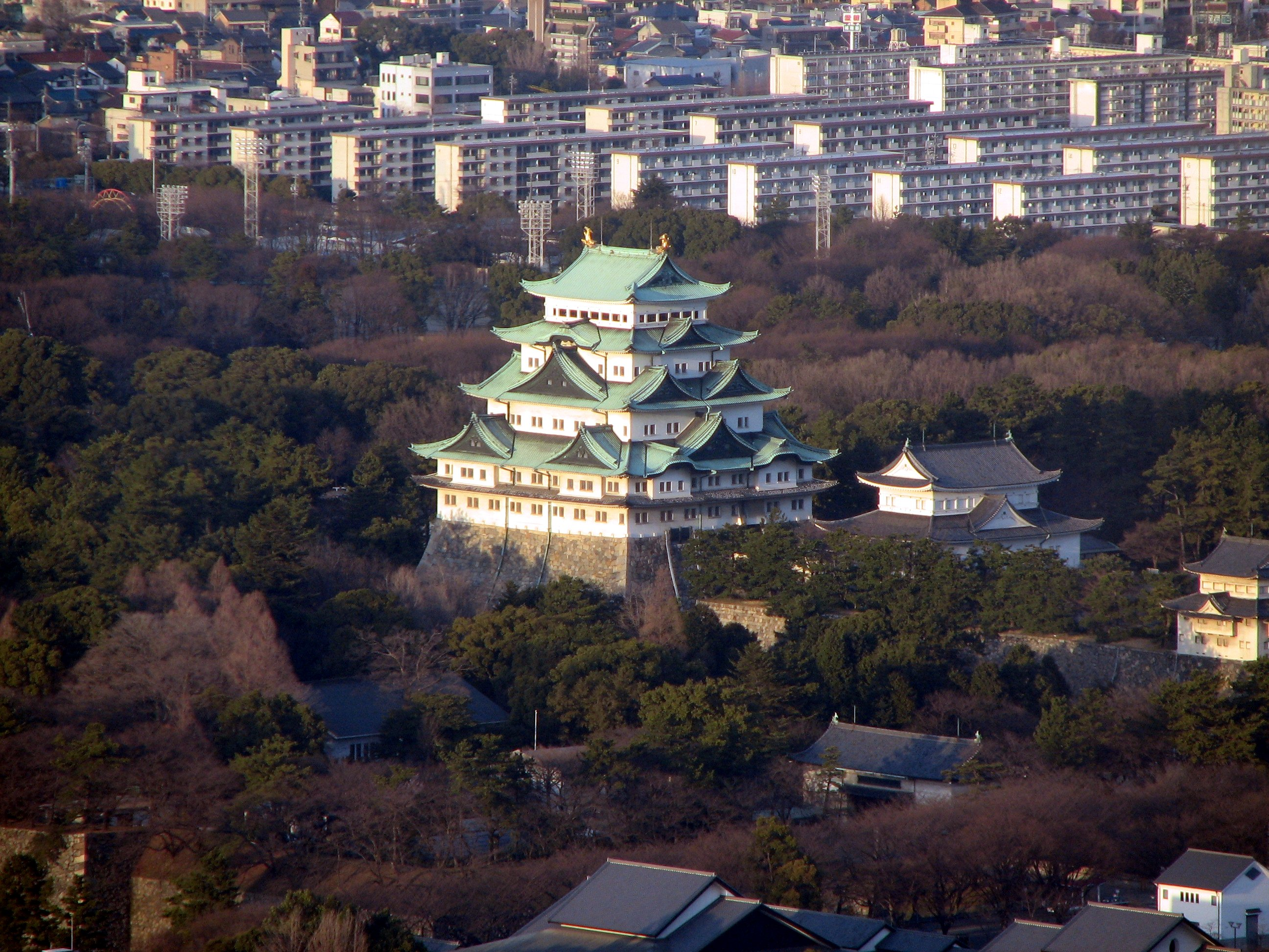 File:Nagoya castle from Midland Square.JPG - Wikimedia Commons