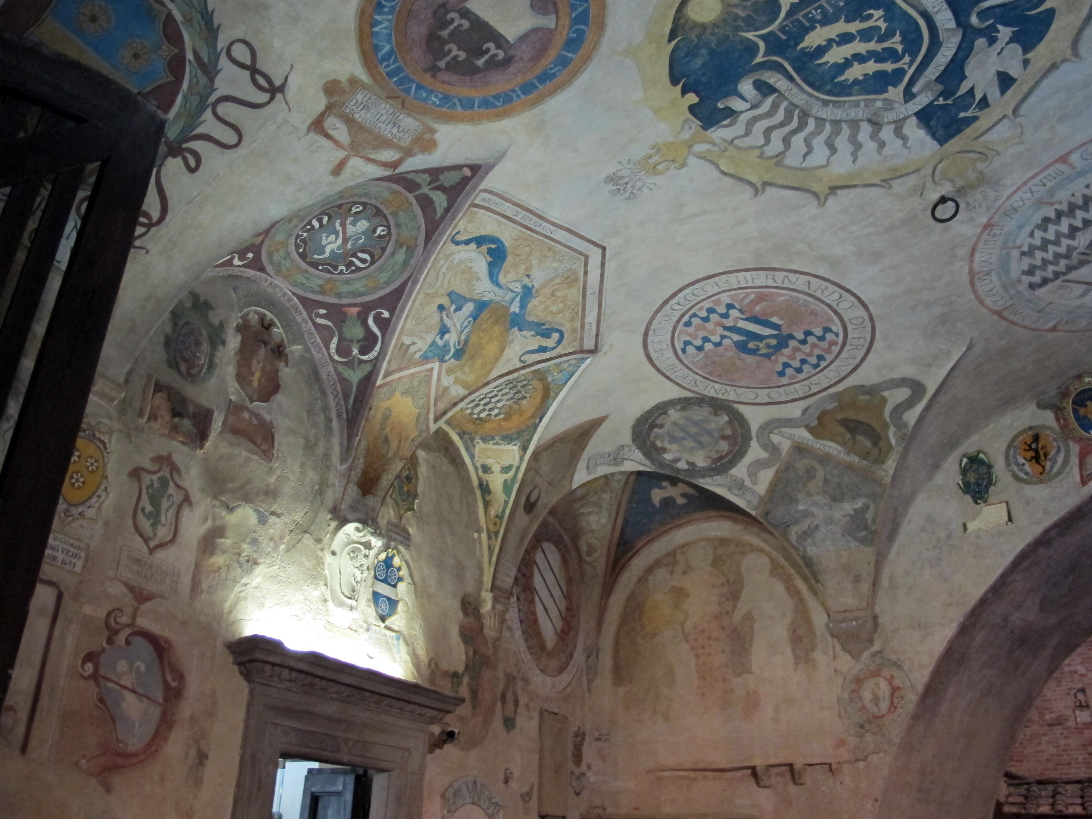 Palazzo vicariale di certaldo, cortile 05.JPG