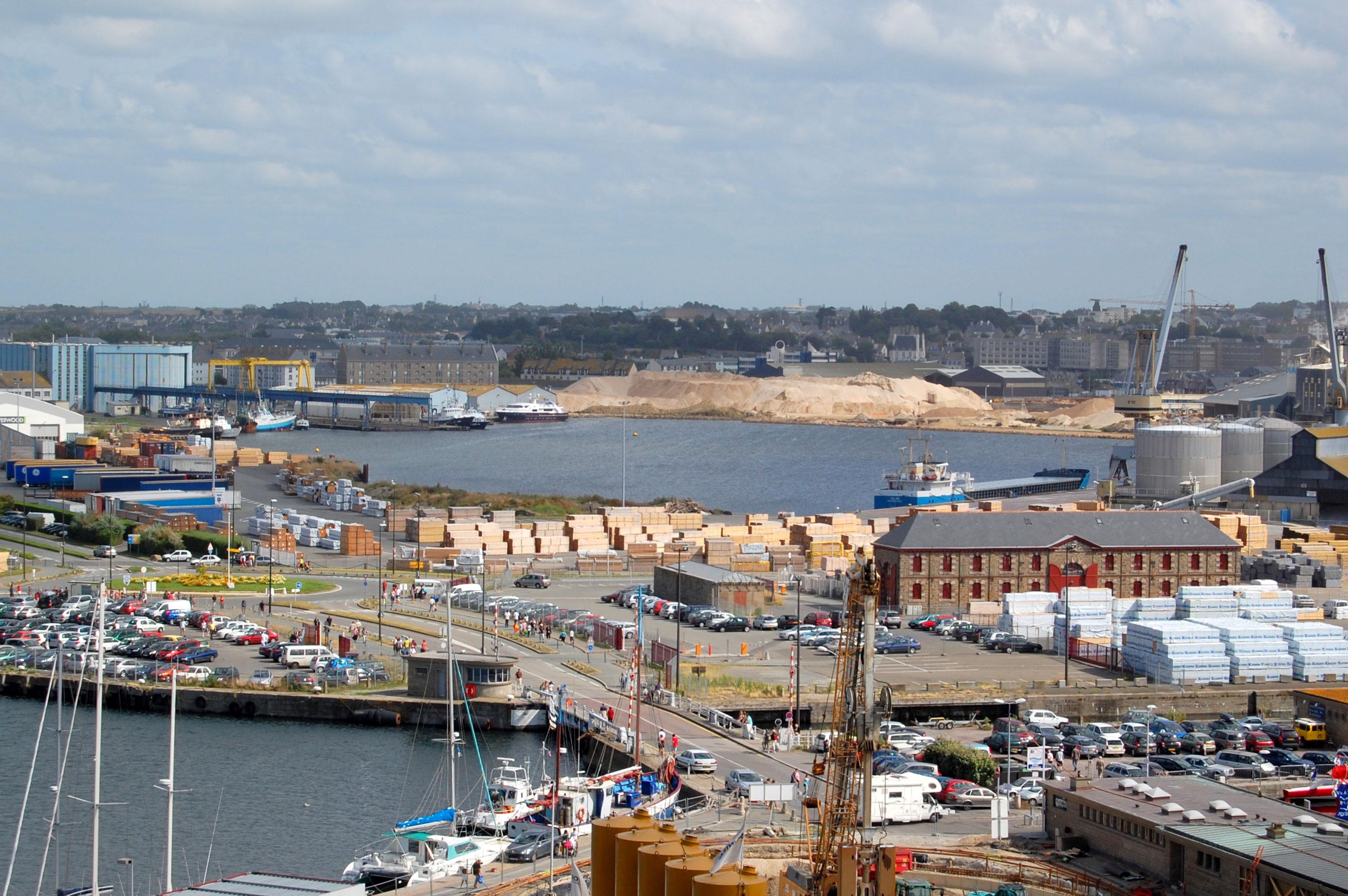 Description port de saint malo dsc 6285