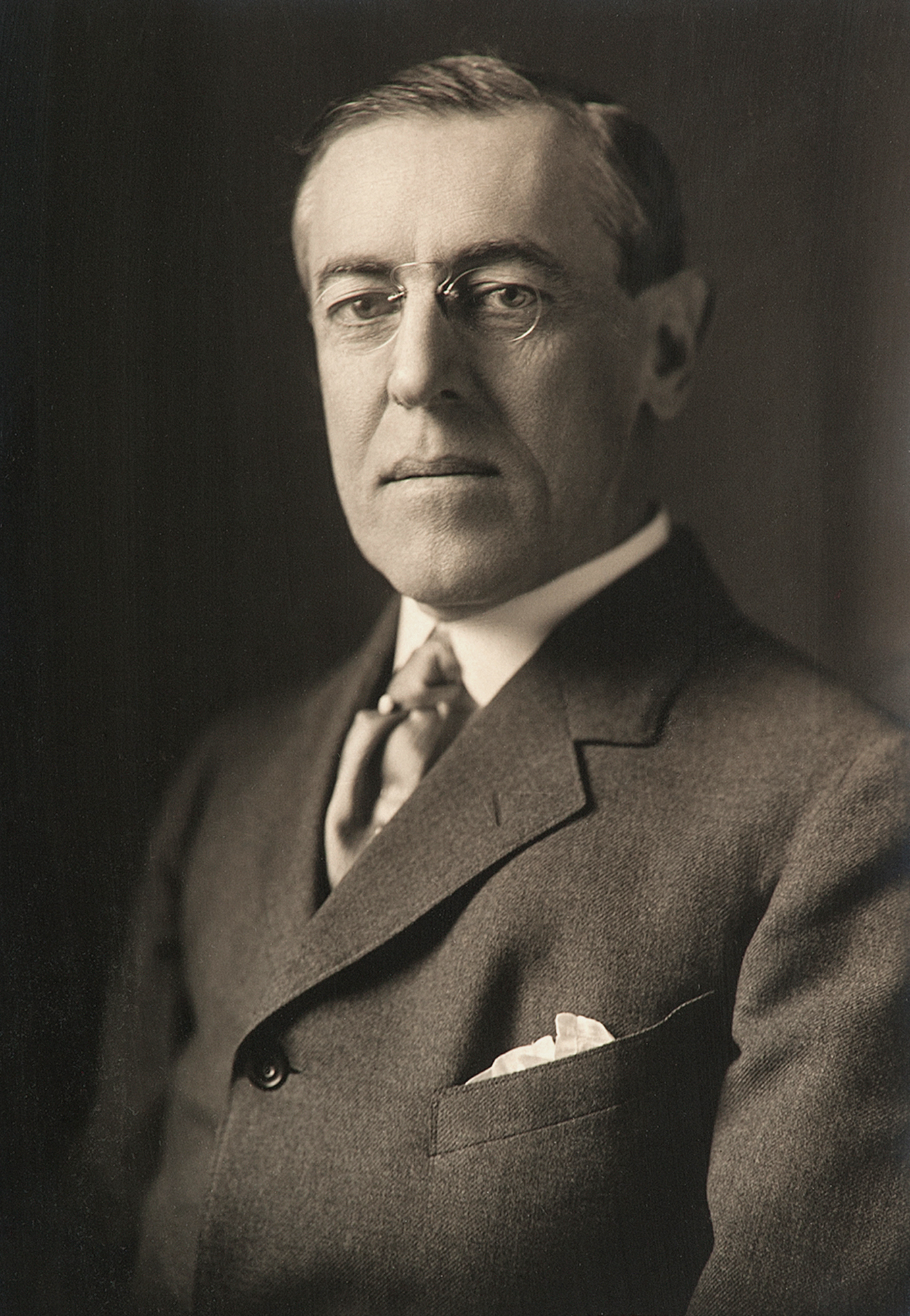 woodrow wilson 1 When the usa declared war on germany, president wilson stated that the americans were not joining the allies but were merely associating with them.