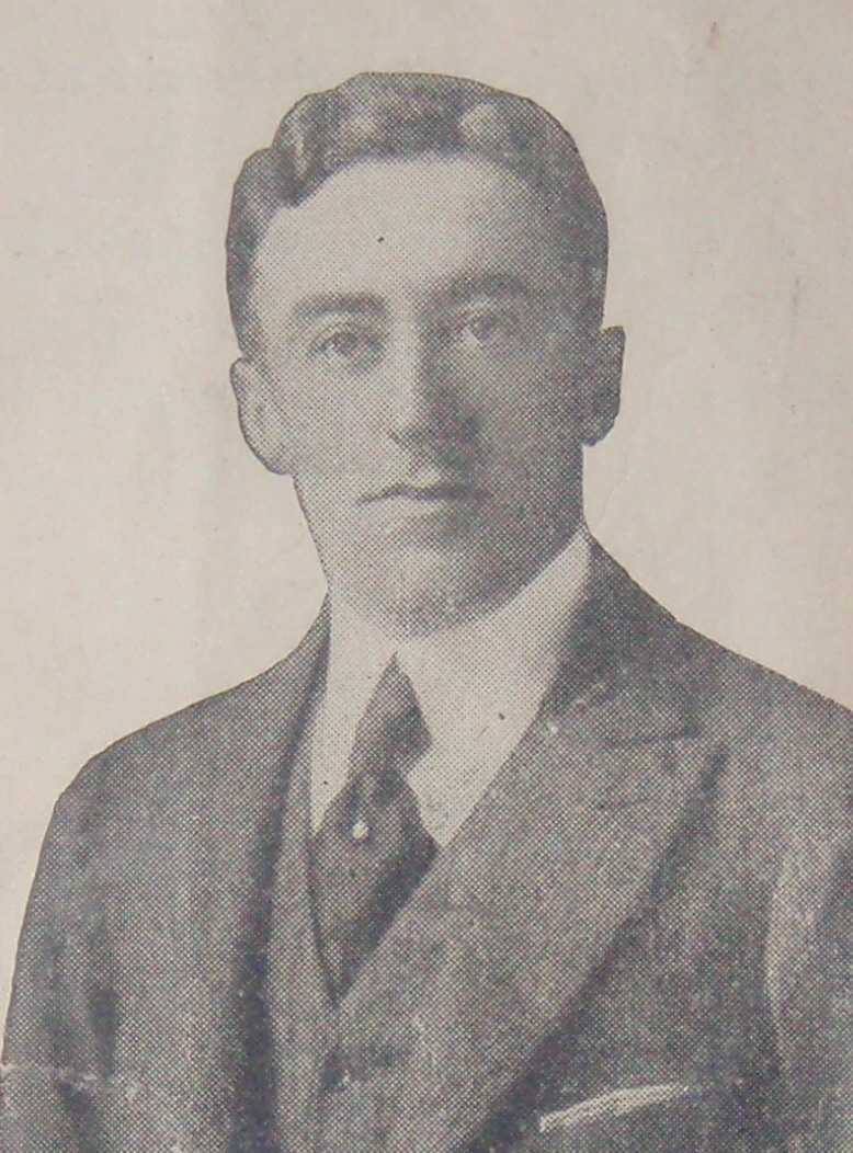 Robert L . Moran