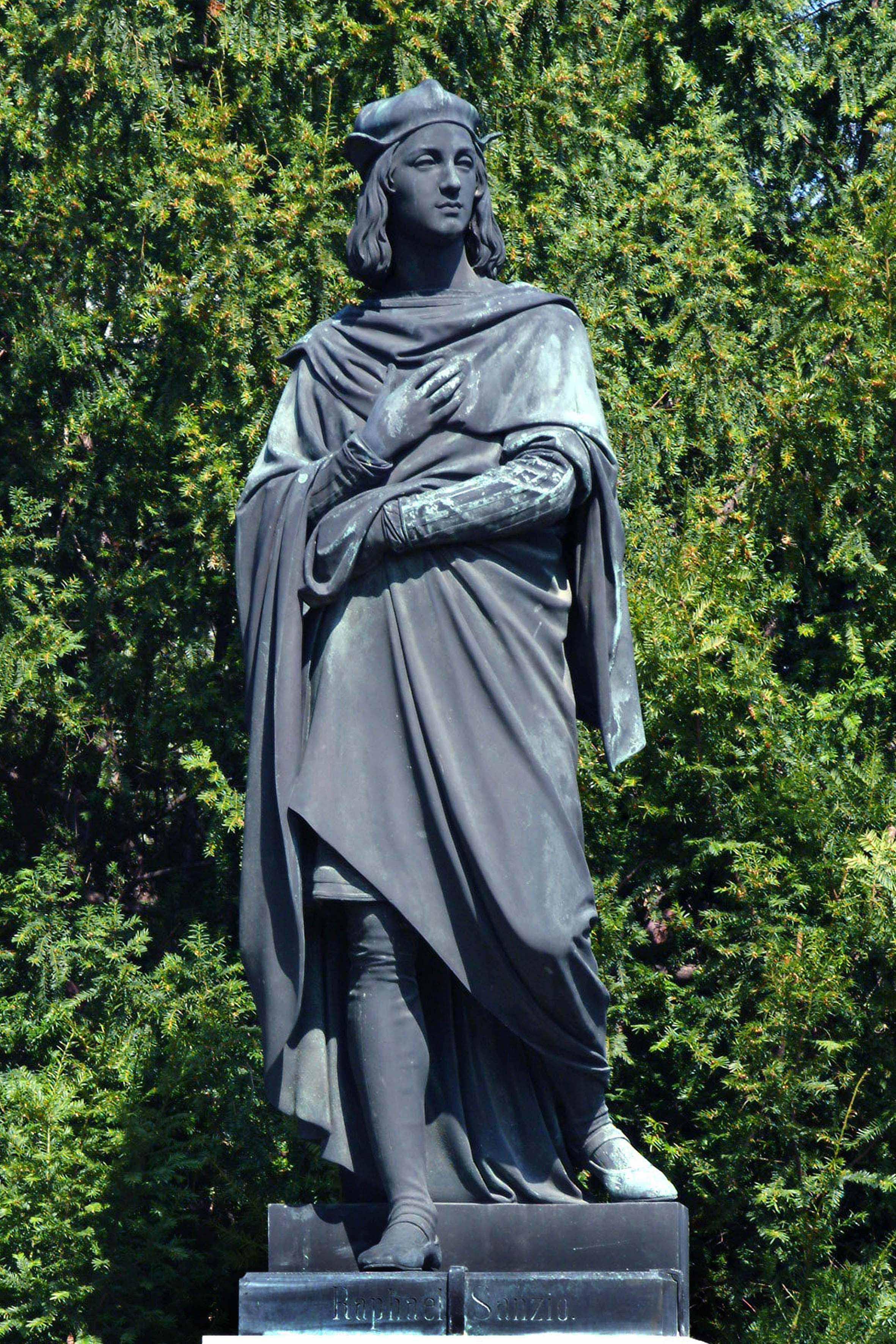 File:Raphael Sanzio (Denkmal im Park des Liechtenstein ...
