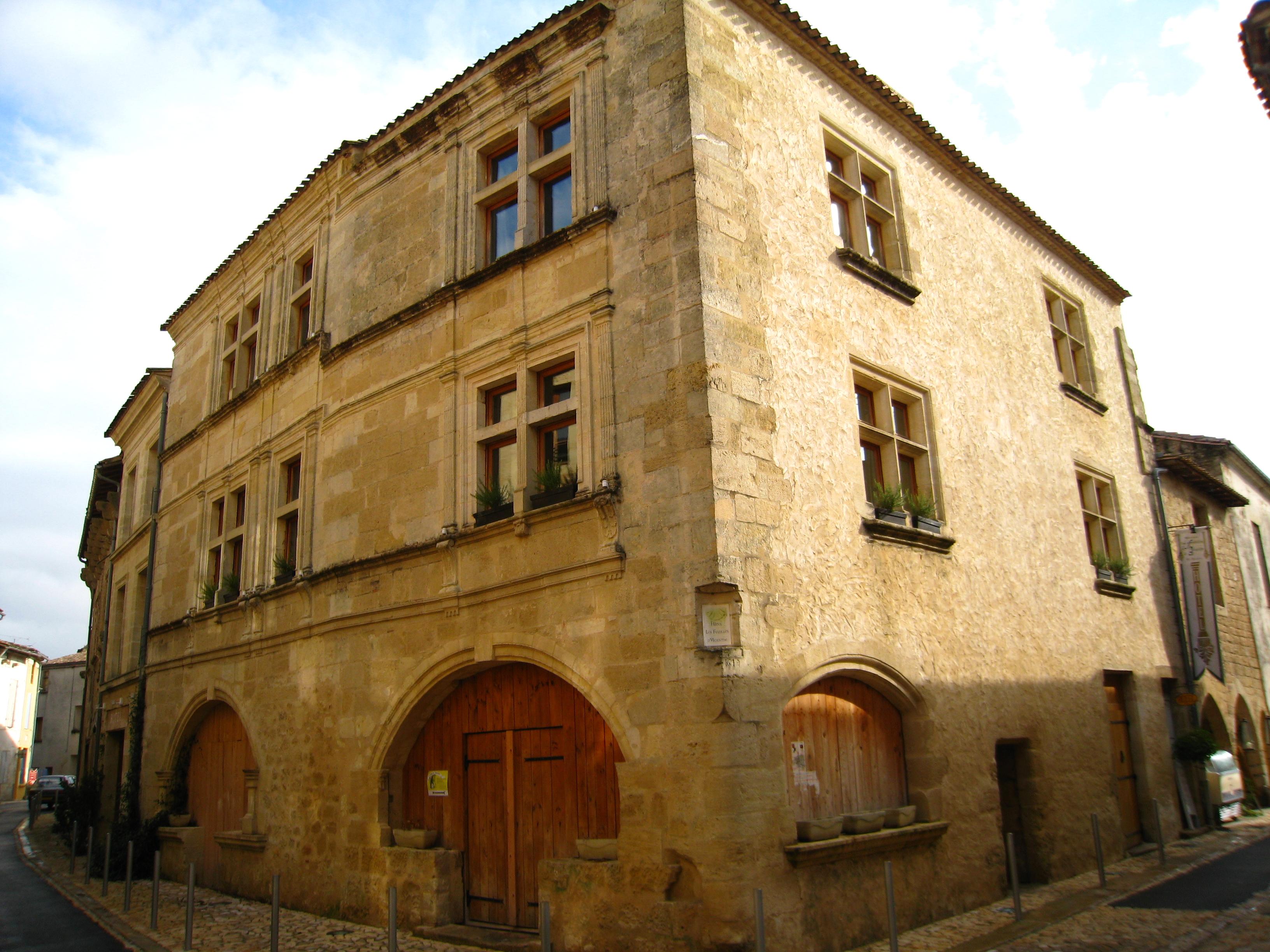 Saint Macaire Hotel
