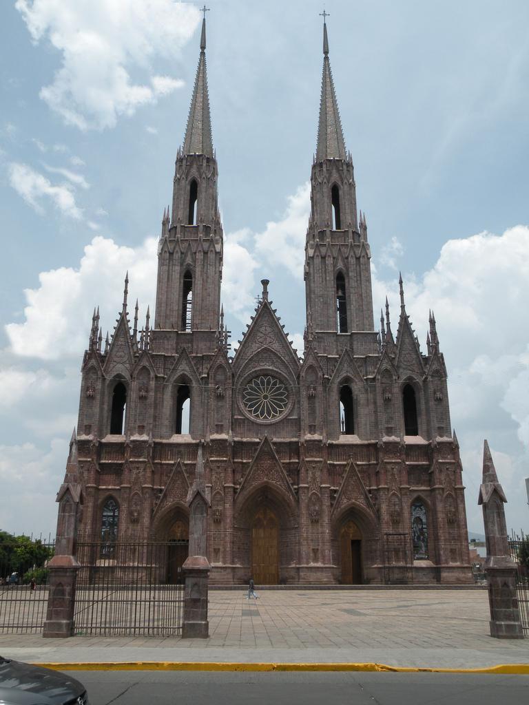 El Neogotico en México
