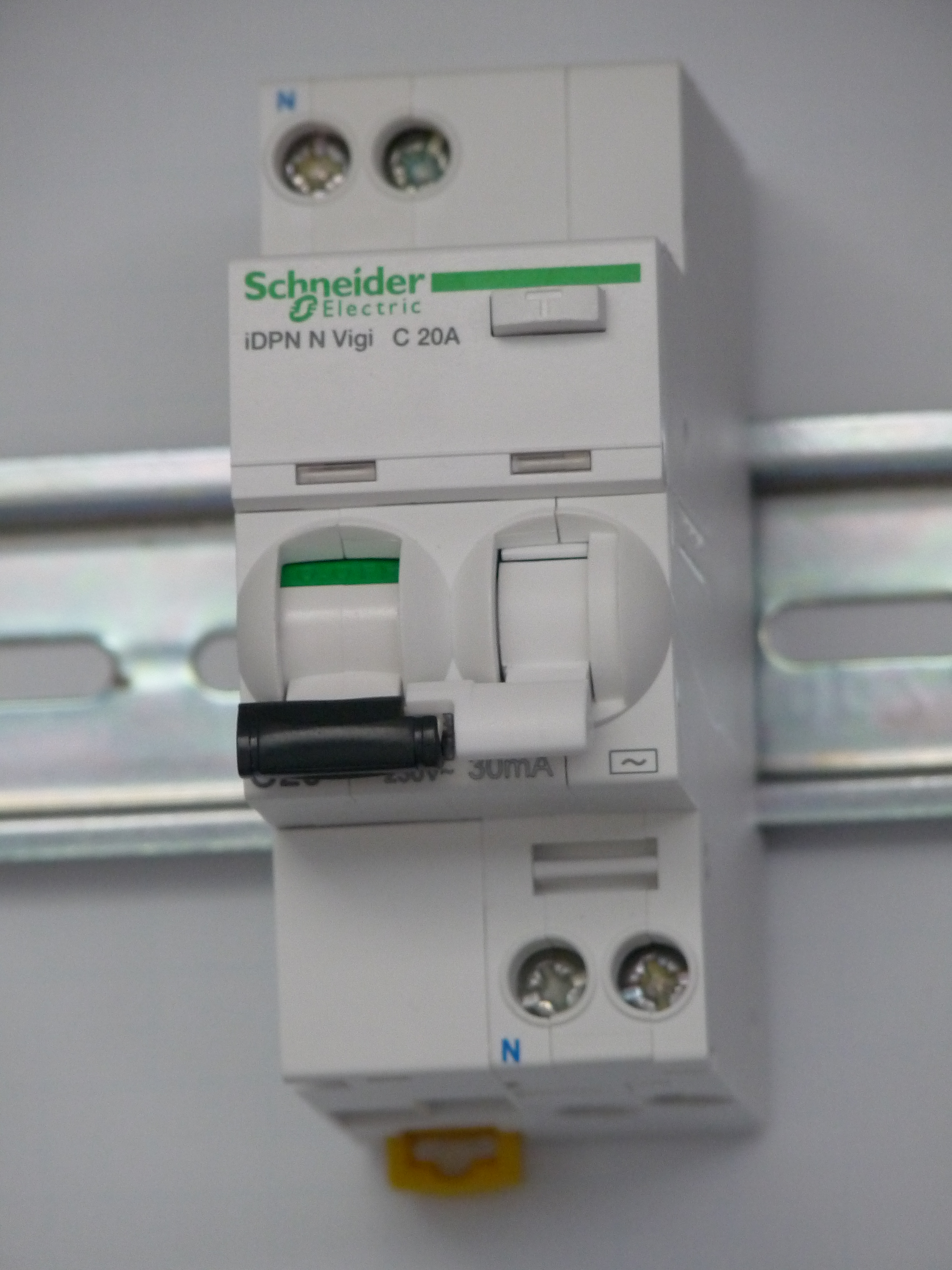 Fileschneider Electric A9d31620 Wikimedia Commons Electrical Software Eep