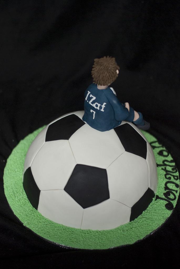Cake Ball Birthday Cake