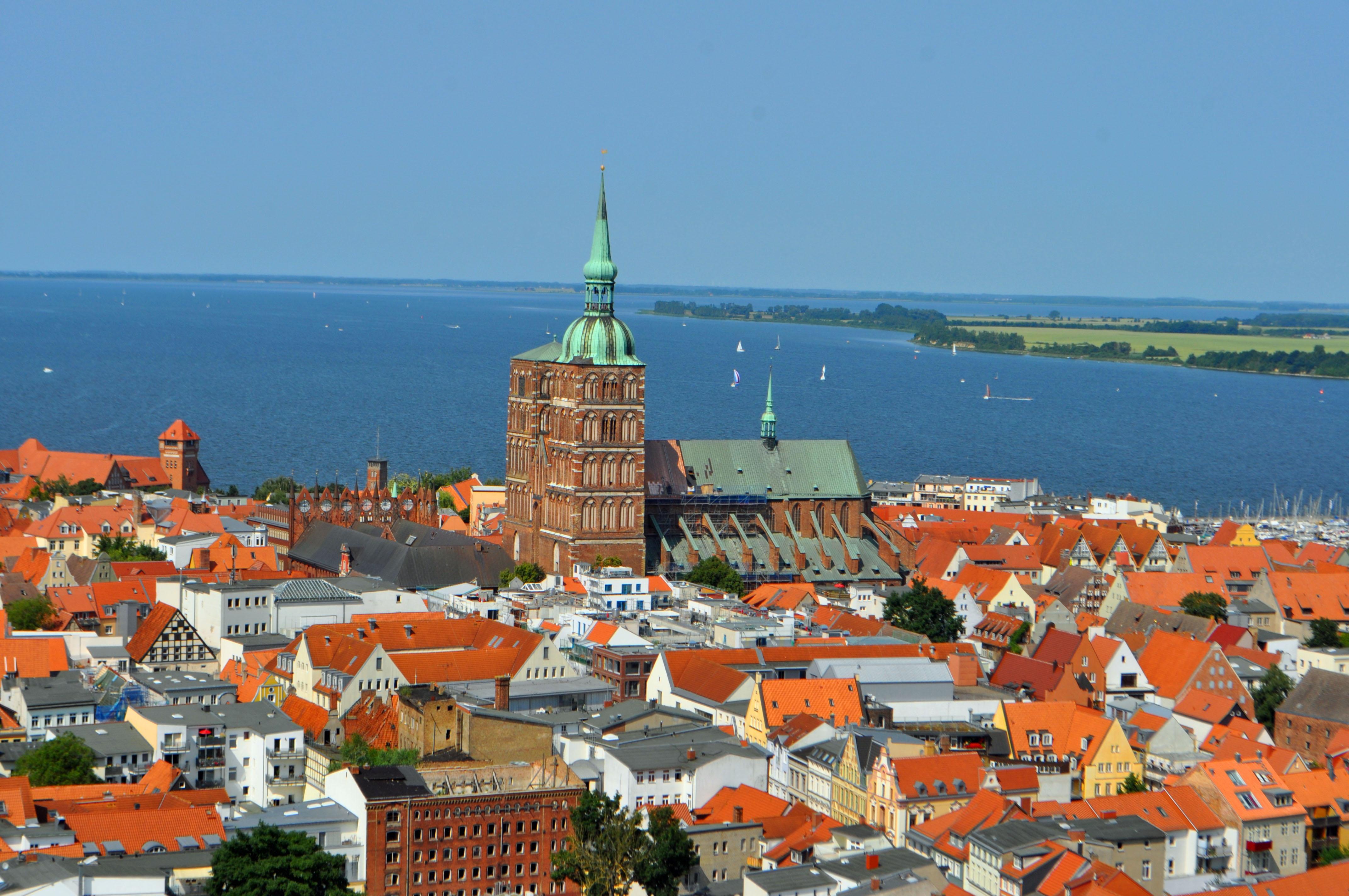 Huren aus Demmin, Hansestadt