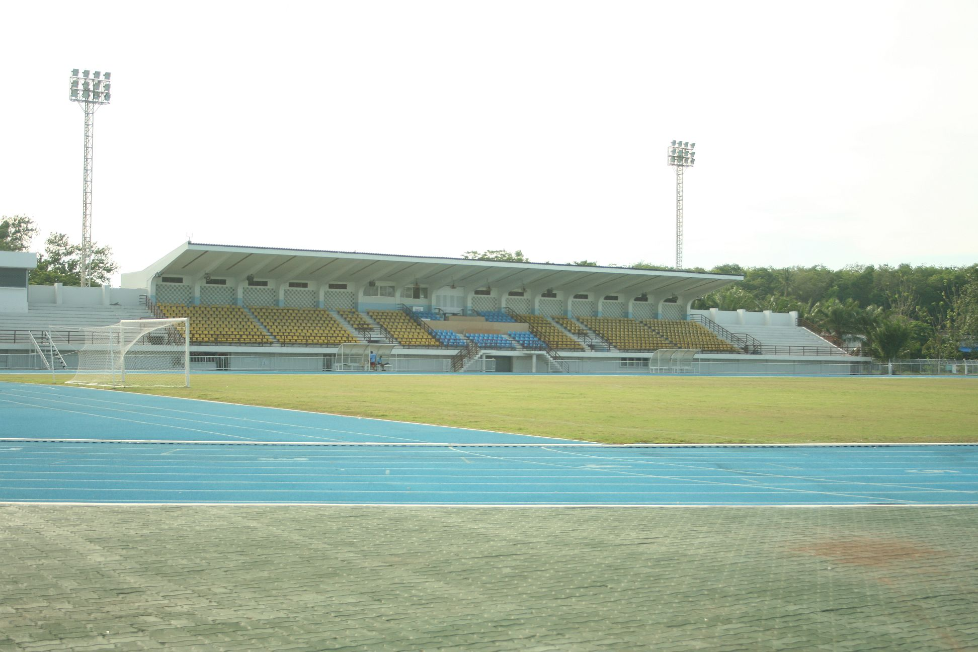 Description Surat Thani stadium.jpg