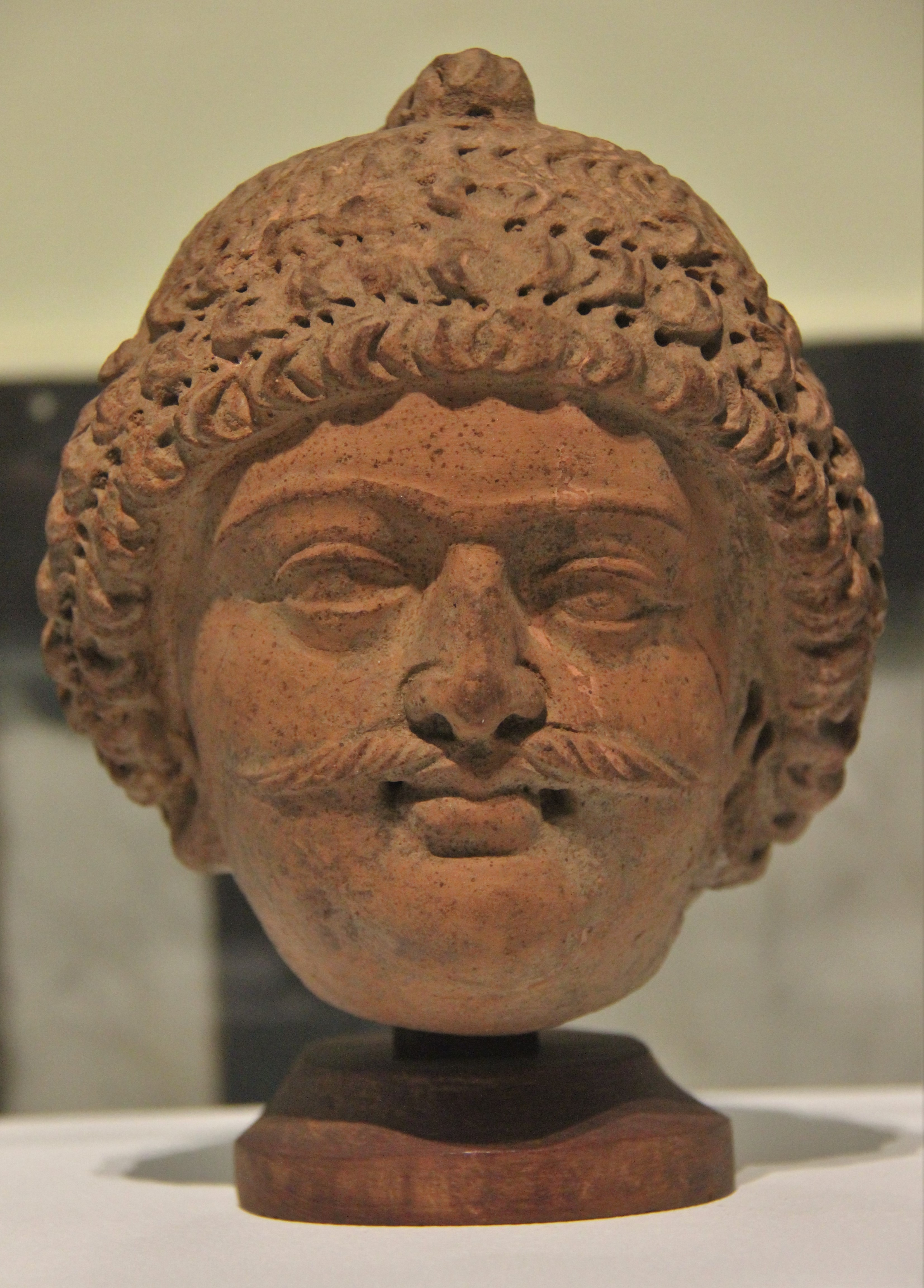 File Terracotta Head Jpg Wikimedia Commons