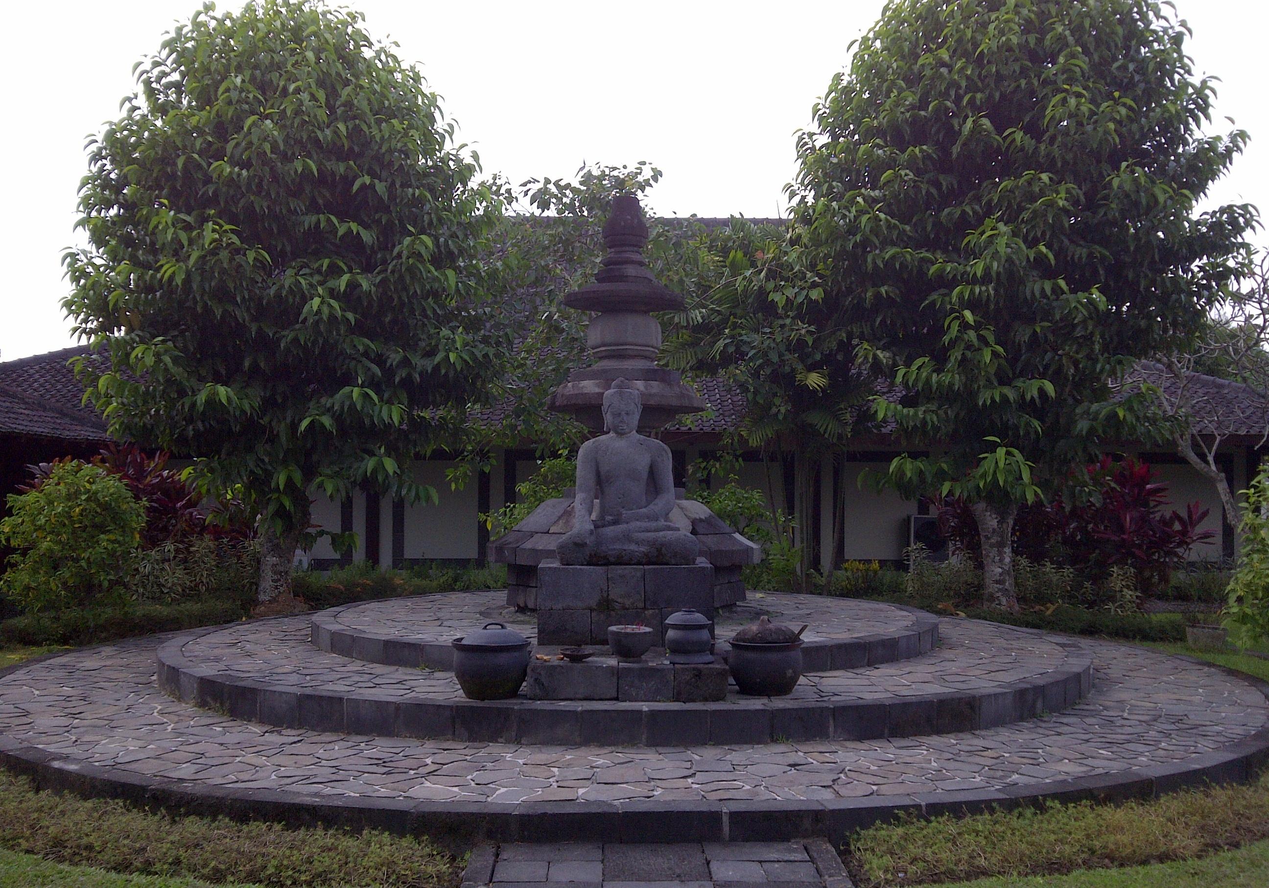 Image result for tiga museum di borobudur