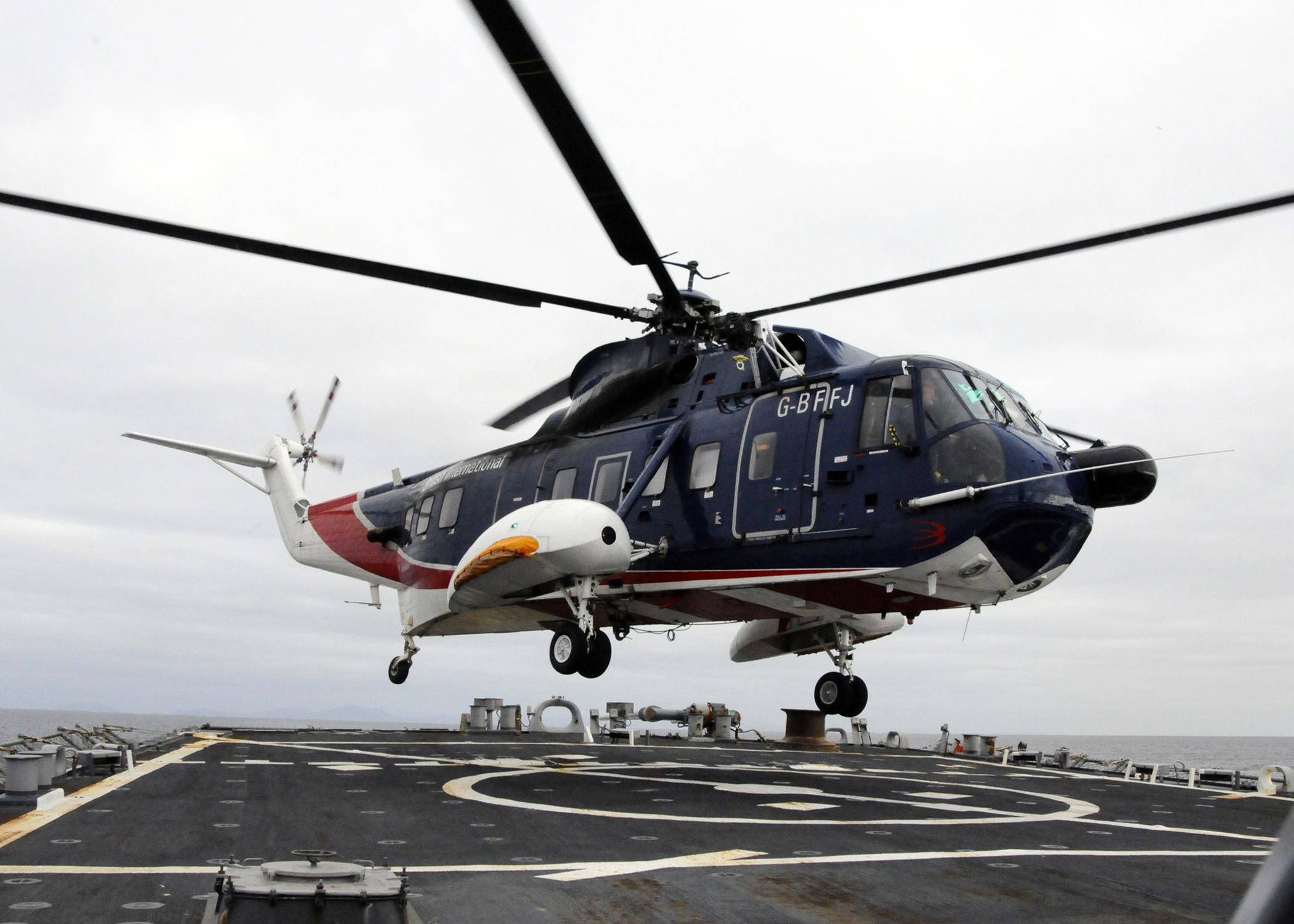 Elicottero S 61 : File us navy n s a british sikorsky