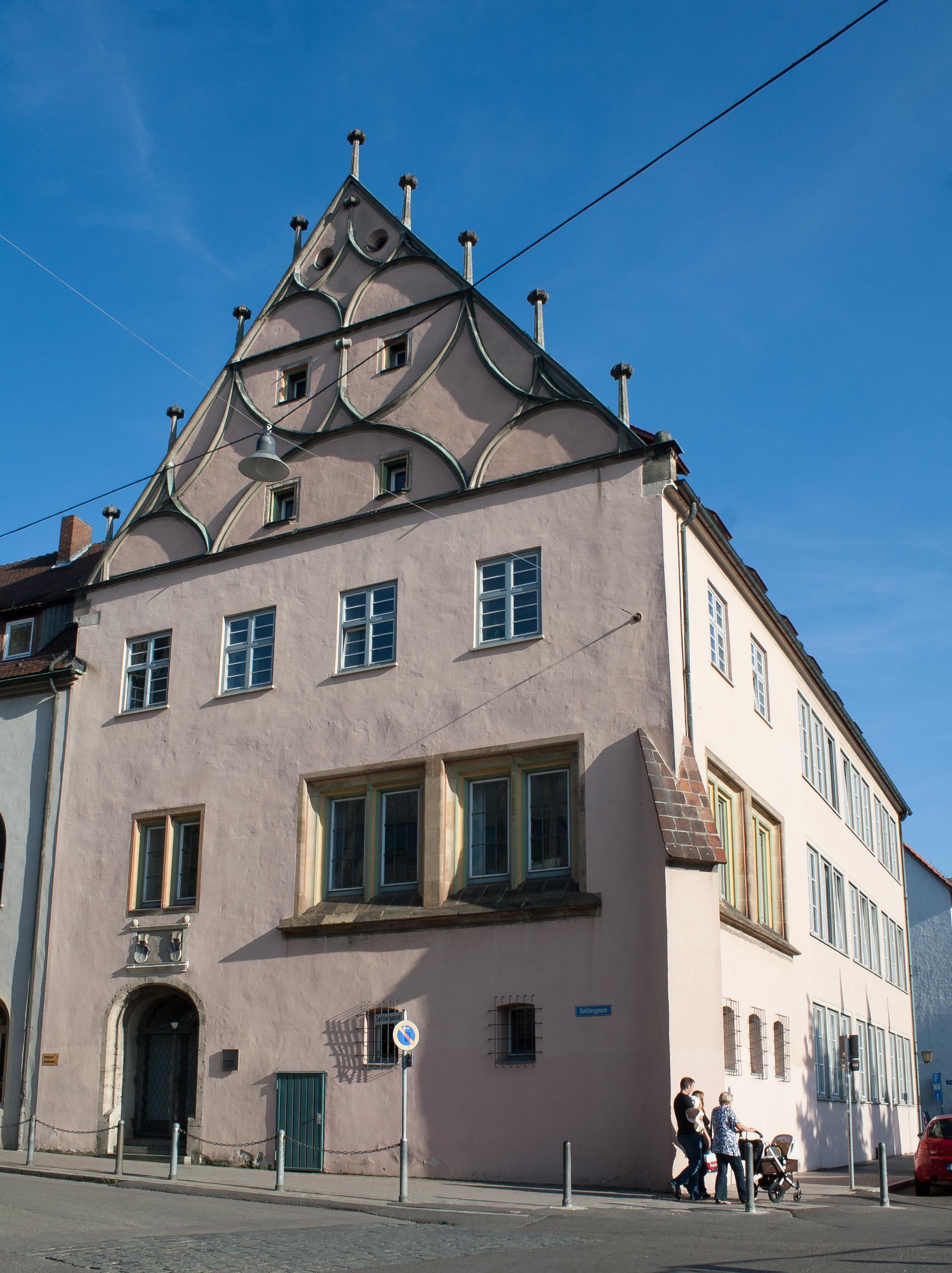 Ulm_Sattlergasse_2_Steuerhaus_2011_09_15.jpg