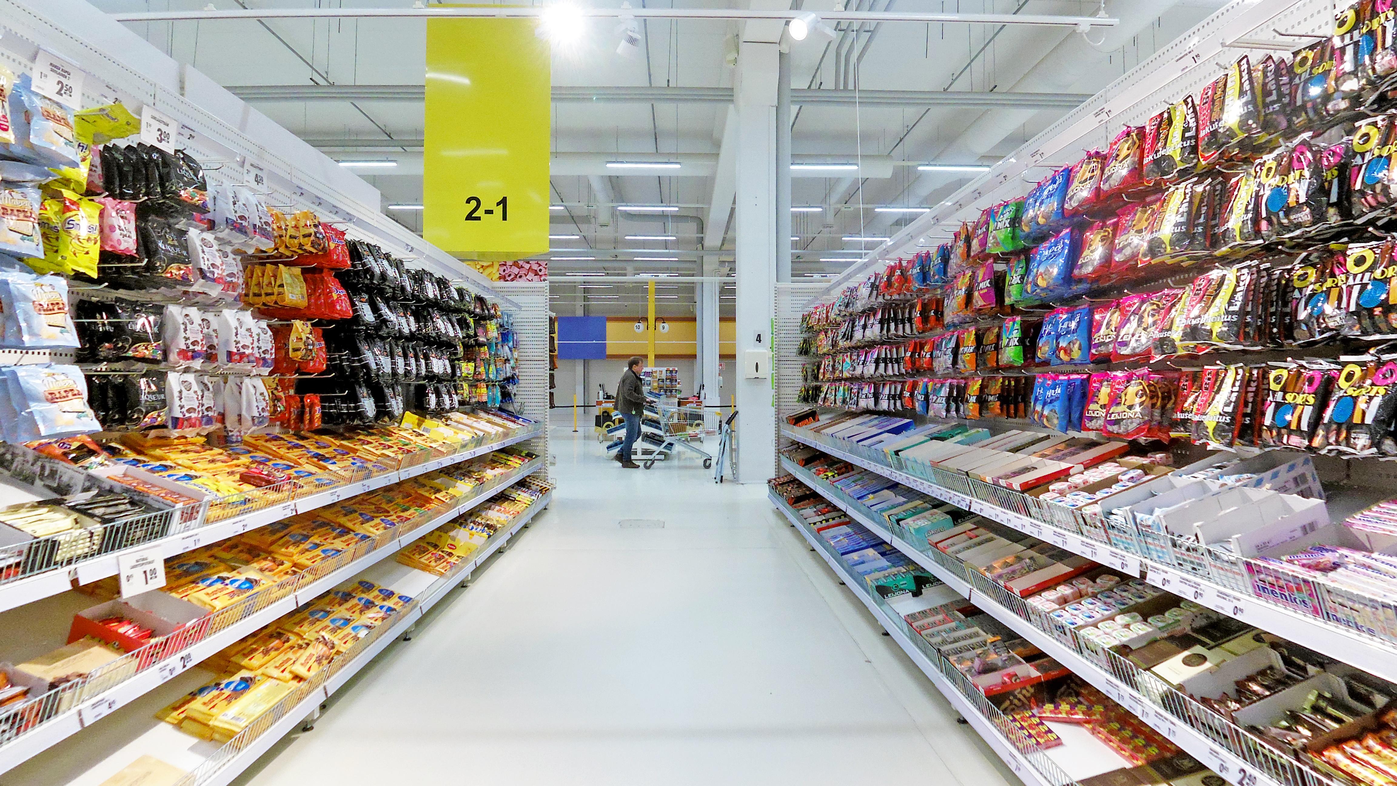 Suomen suurin Kyläkauppa Tuurissa on matkailunähtävyys