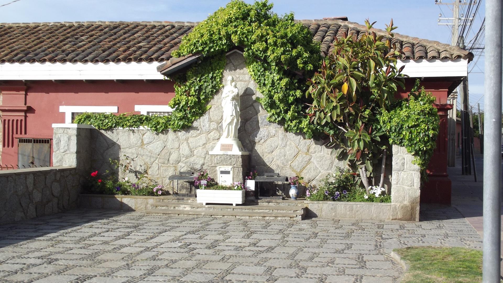 Archivo virgen del rosario playa las for Aberturas algarrobo rosario