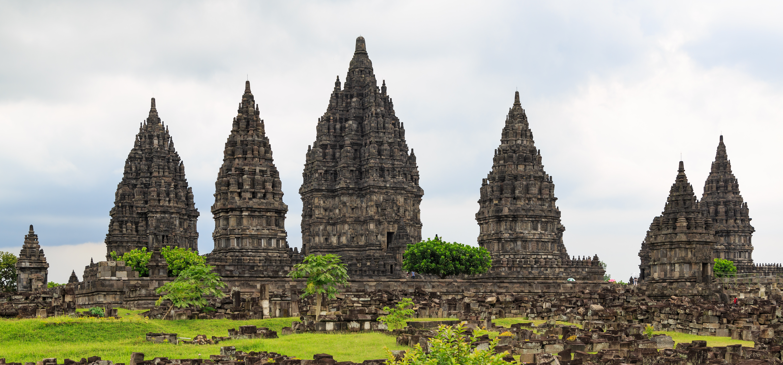 Tempat Wisata Bersejarah Indonesia