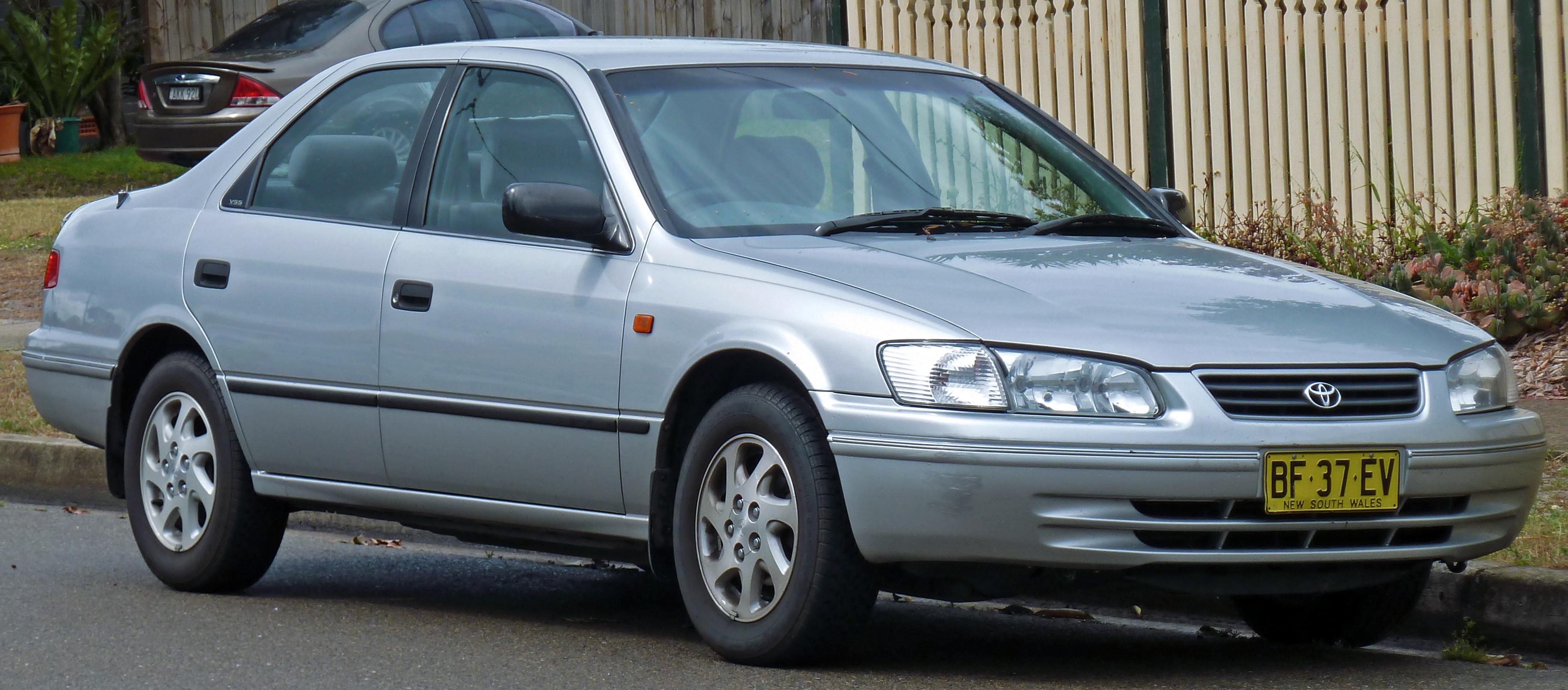 File 2002 Toyota Camry Sxv20r Advantage Sedan 01 Jpg